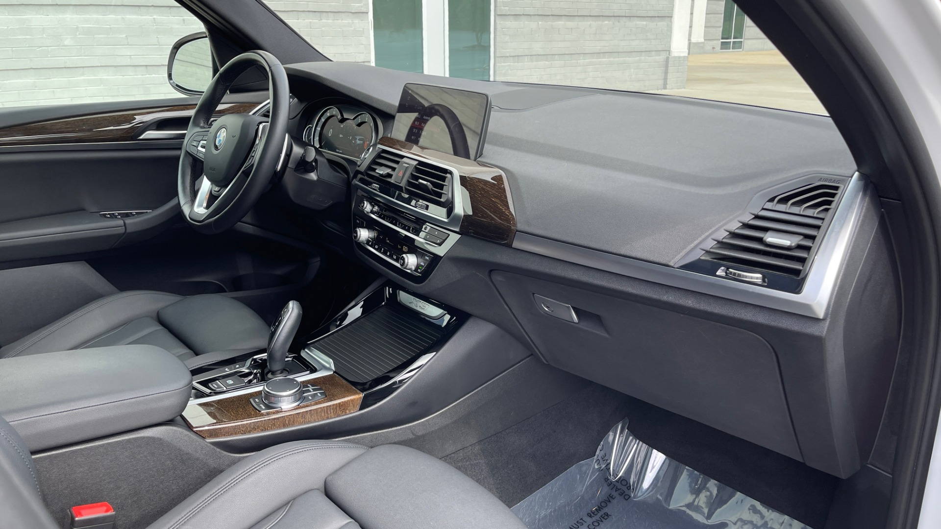 Used 2018 BMW X3 XDRIVE30I / NAV / PANO-ROOF / HTD STS / PARK DIST CNTRL / REARVIEW for sale $38,995 at Formula Imports in Charlotte NC 28227 62