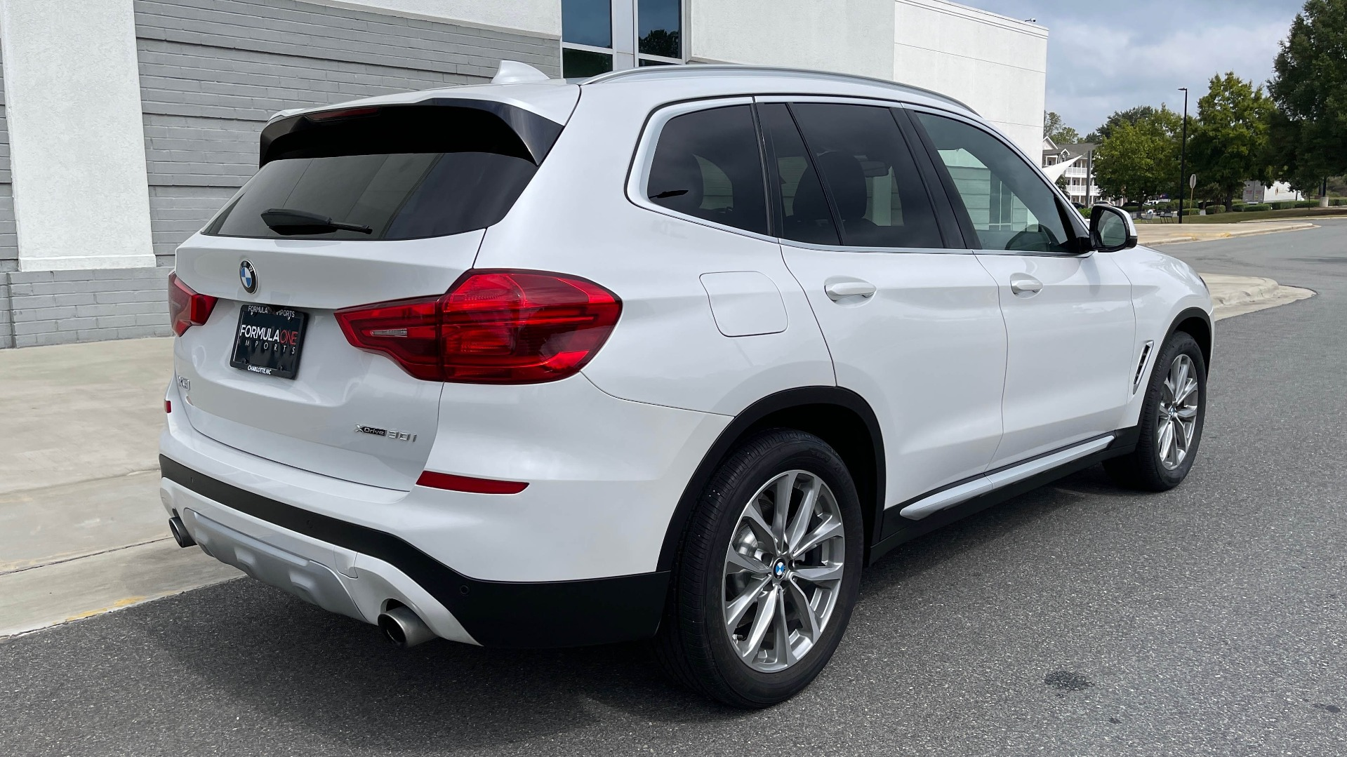 Used 2018 BMW X3 XDRIVE30I / NAV / PANO-ROOF / HTD STS / PARK DIST CNTRL / REARVIEW for sale $38,995 at Formula Imports in Charlotte NC 28227 7
