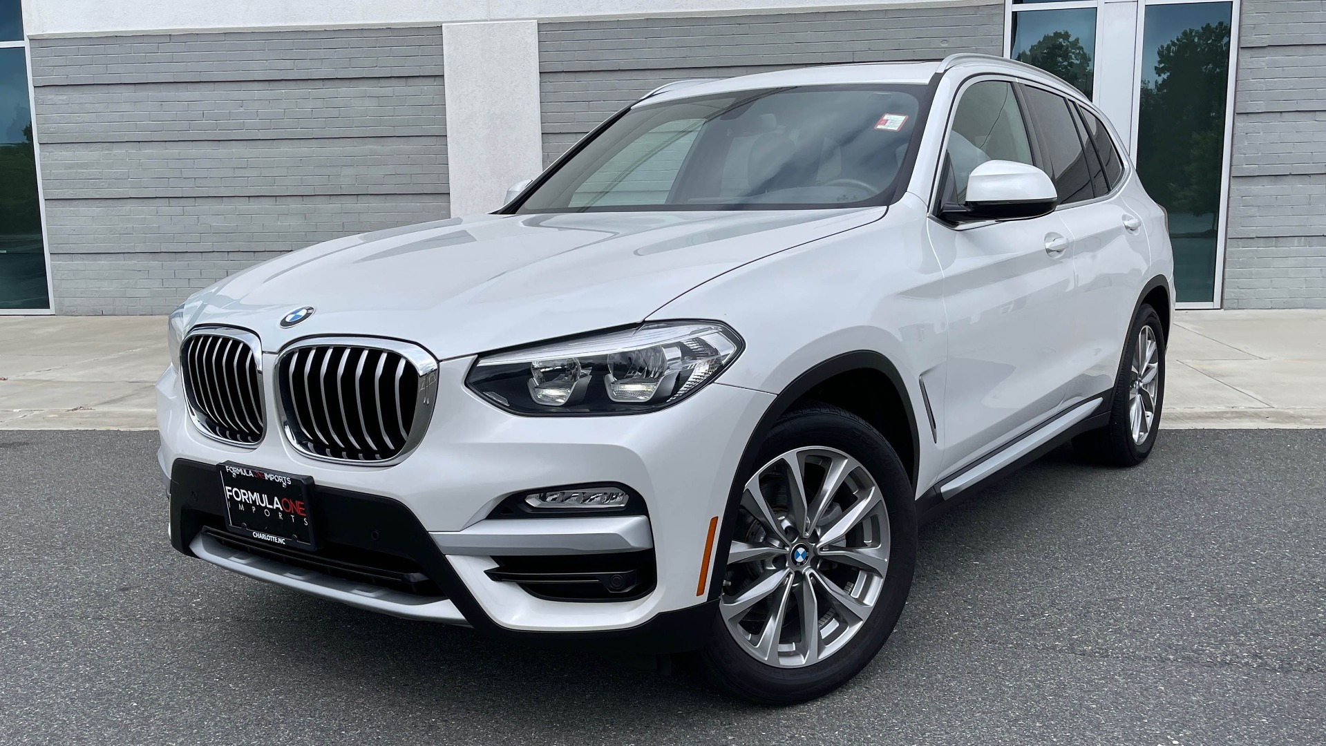 Used 2018 BMW X3 XDRIVE30I / NAV / PANO-ROOF / HTD STS / PARK DIST CNTRL / REARVIEW for sale $38,995 at Formula Imports in Charlotte NC 28227 1