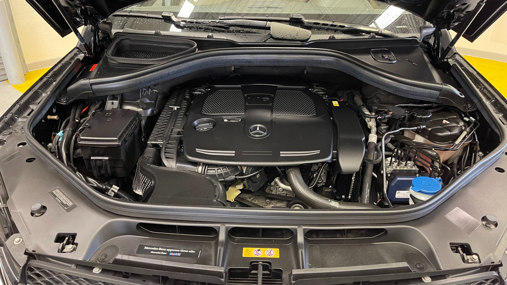 Used 2018 Mercedes-Benz GLE 350 4MATIC PREMIUM / NAV / PARK PILOT / BSA / H/K SND / SURROUND VIEW for sale $40,995 at Formula Imports in Charlotte NC 28227 16