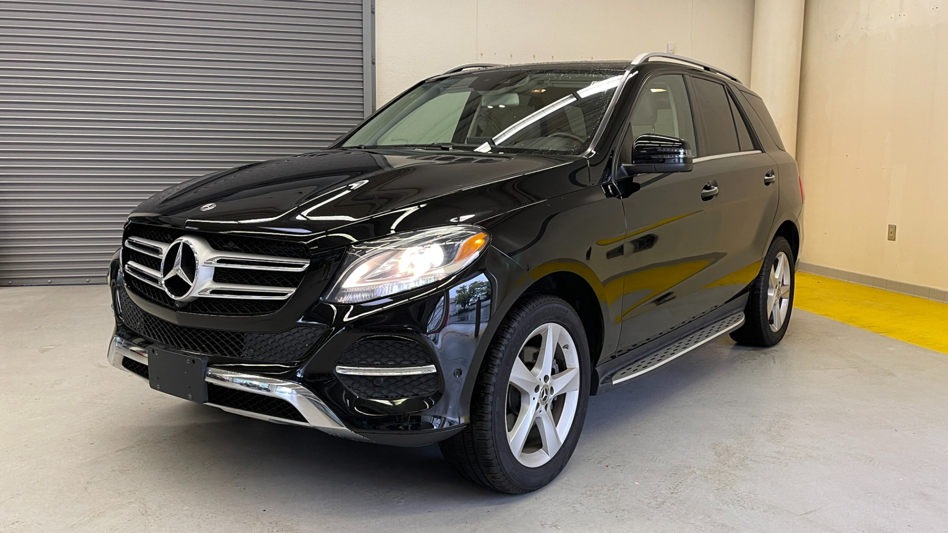 Used 2018 Mercedes-Benz GLE 350 4MATIC PREMIUM / NAV / PARK PILOT / BSA / H/K SND / SURROUND VIEW for sale $40,995 at Formula Imports in Charlotte NC 28227 3