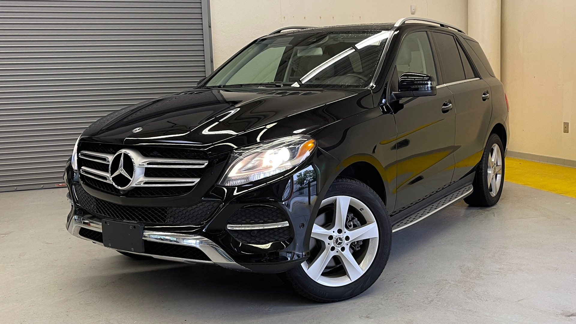 Used 2018 Mercedes-Benz GLE 350 4MATIC PREMIUM / NAV / PARK PILOT / BSA / H/K SND / SURROUND VIEW for sale $40,995 at Formula Imports in Charlotte NC 28227 1