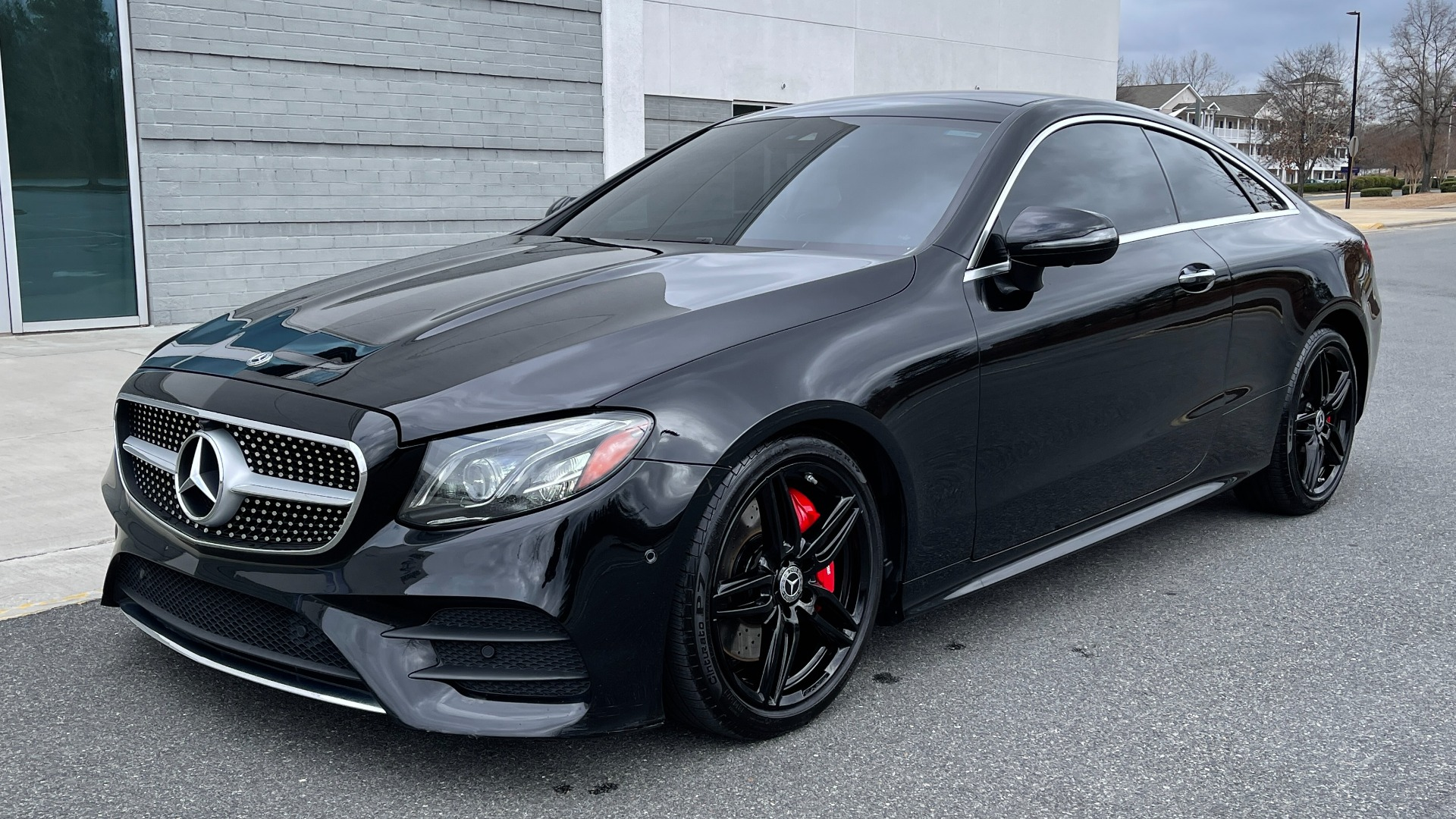 Used 2019 Mercedes-Benz E-CLASS E 450 PREMIUM / AMG LINE / PARK ASST / BSA / BURMESTER for sale $49,995 at Formula Imports in Charlotte NC 28227 2