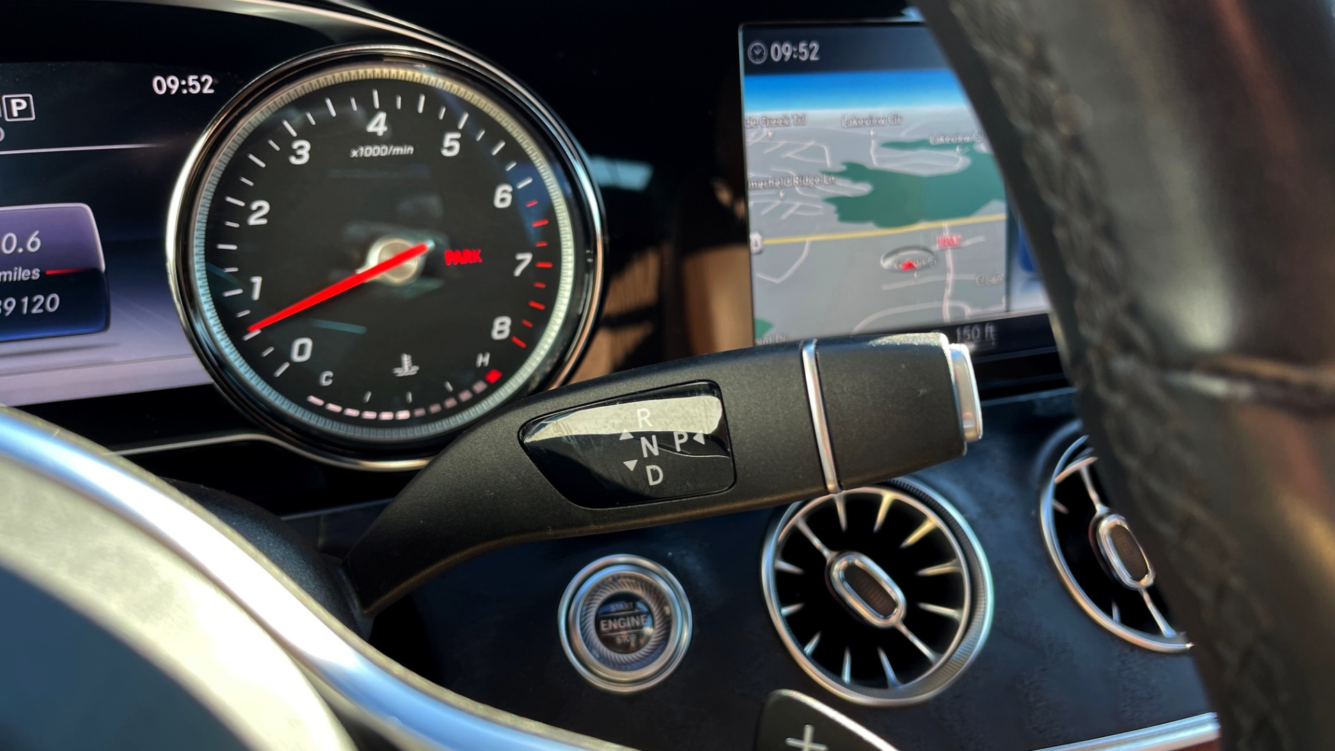 Used 2019 Mercedes-Benz E-CLASS E 450 PREMIUM / AMG LINE / PARK ASST / BSA / BURMESTER for sale $49,995 at Formula Imports in Charlotte NC 28227 35