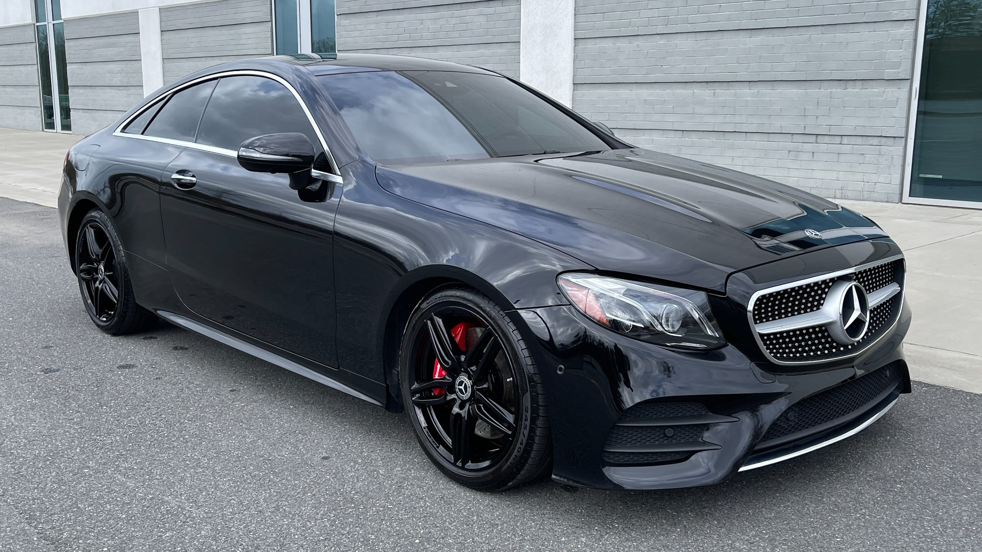 Used 2019 Mercedes-Benz E-CLASS E 450 PREMIUM / AMG LINE / PARK ASST / BSA / BURMESTER for sale $49,995 at Formula Imports in Charlotte NC 28227 5