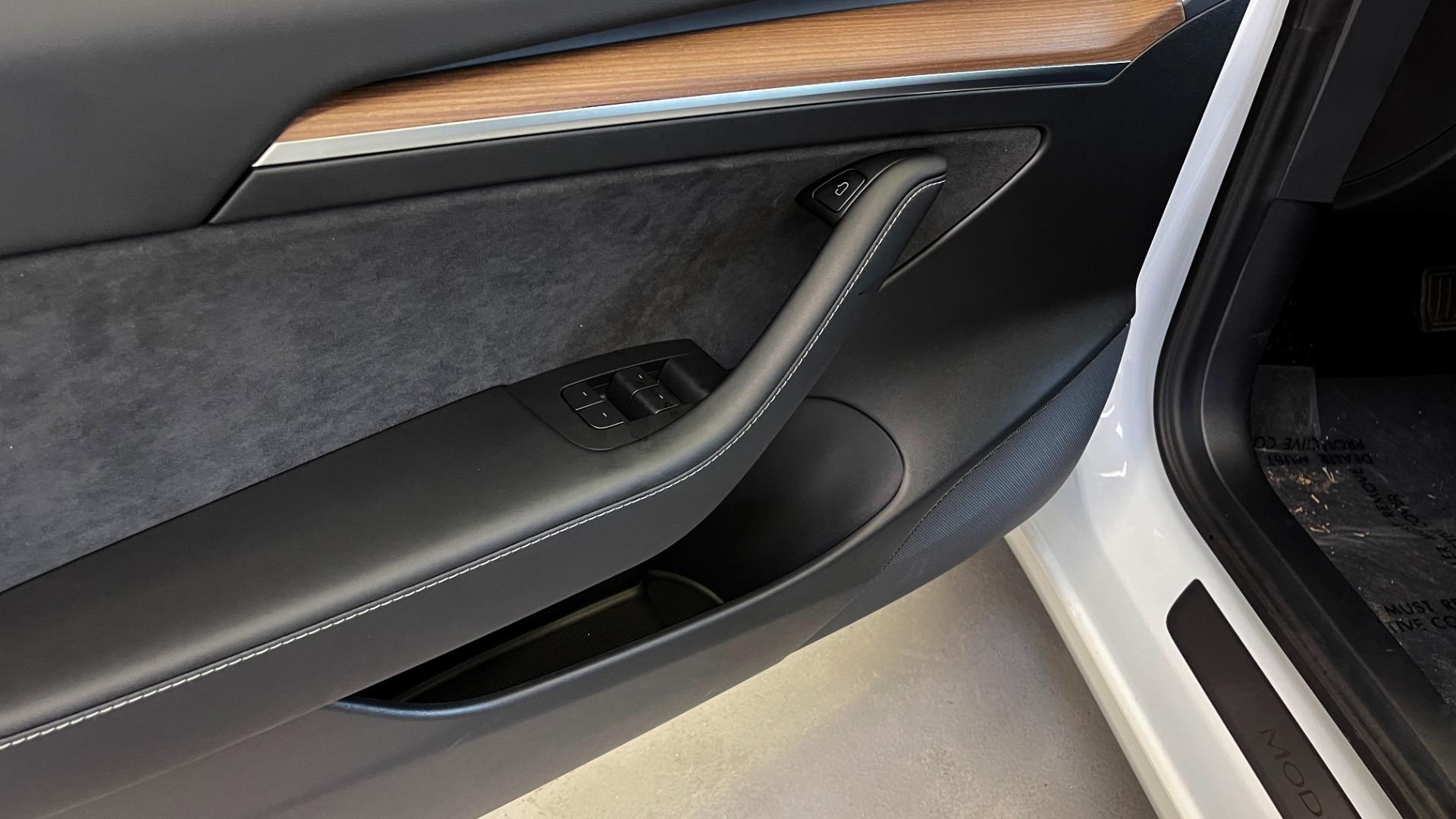 Used 2021 Tesla MODEL 3 STANDARD RANGE PLUS / NAV / REARVIEW for sale $49,595 at Formula Imports in Charlotte NC 28227 22