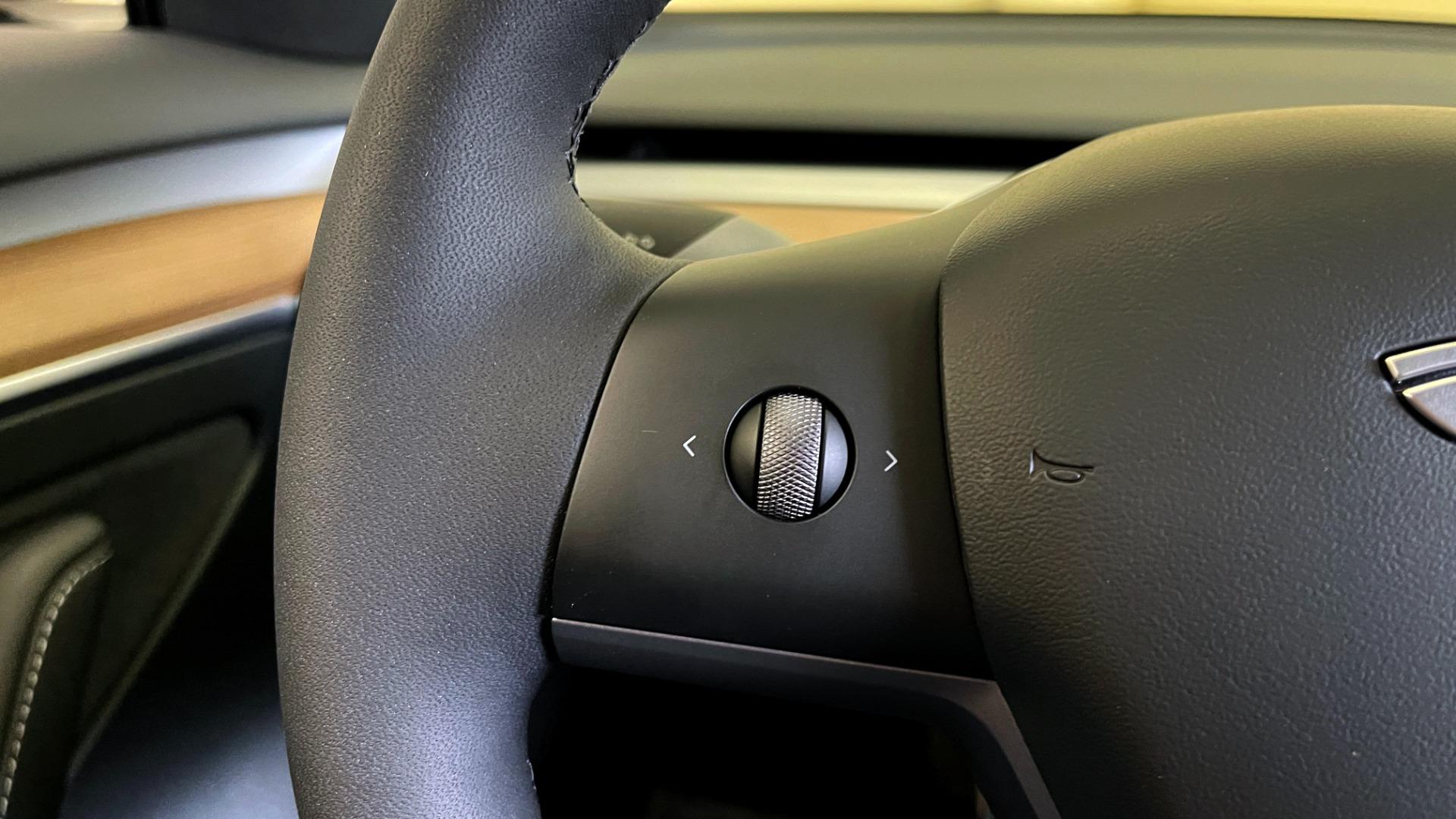 Used 2021 Tesla MODEL 3 STANDARD RANGE PLUS / NAV / REARVIEW for sale $49,595 at Formula Imports in Charlotte NC 28227 26