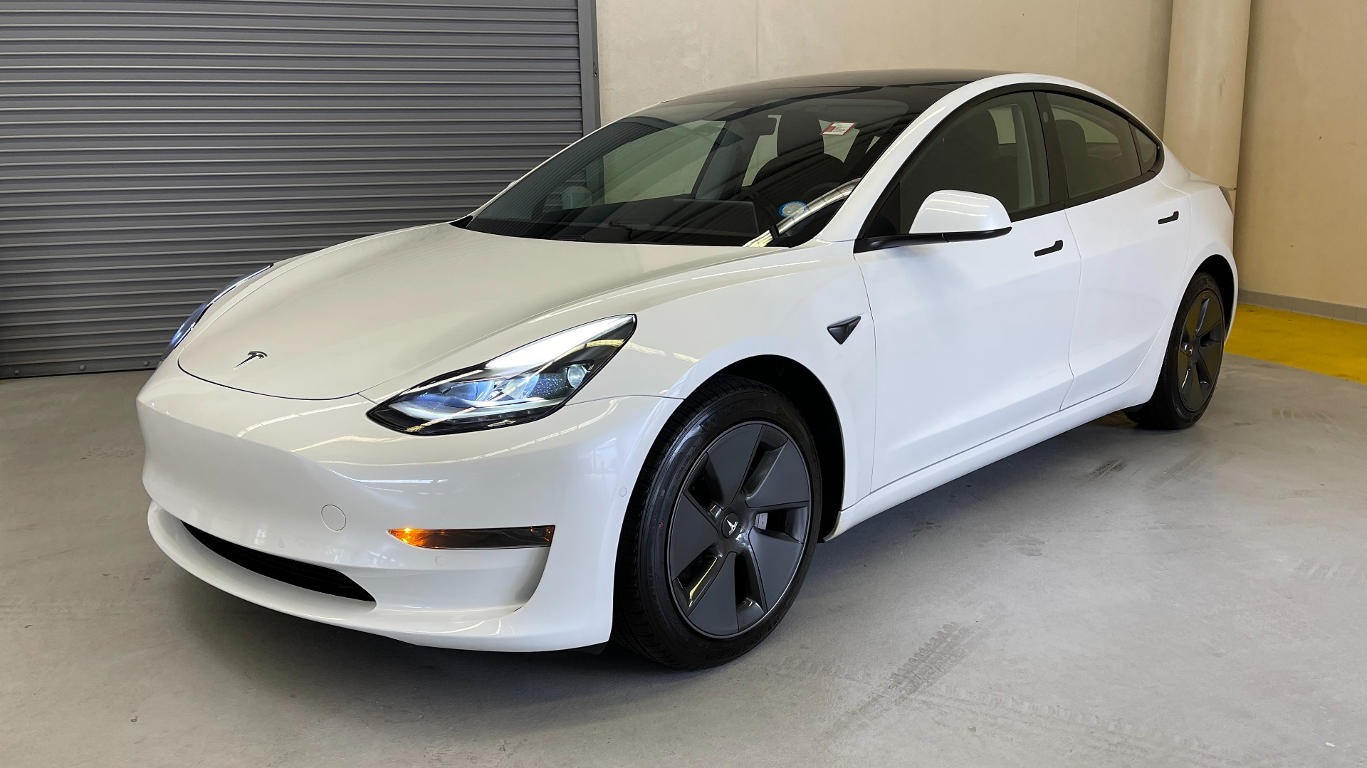 Used 2021 Tesla MODEL 3 STANDARD RANGE PLUS / NAV / REARVIEW for sale $49,595 at Formula Imports in Charlotte NC 28227 3