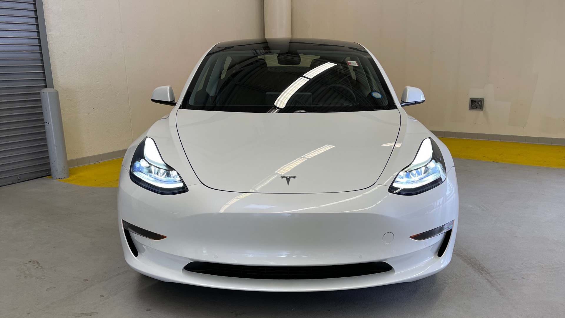 Used 2021 Tesla MODEL 3 STANDARD RANGE PLUS / NAV / REARVIEW for sale $49,595 at Formula Imports in Charlotte NC 28227 4