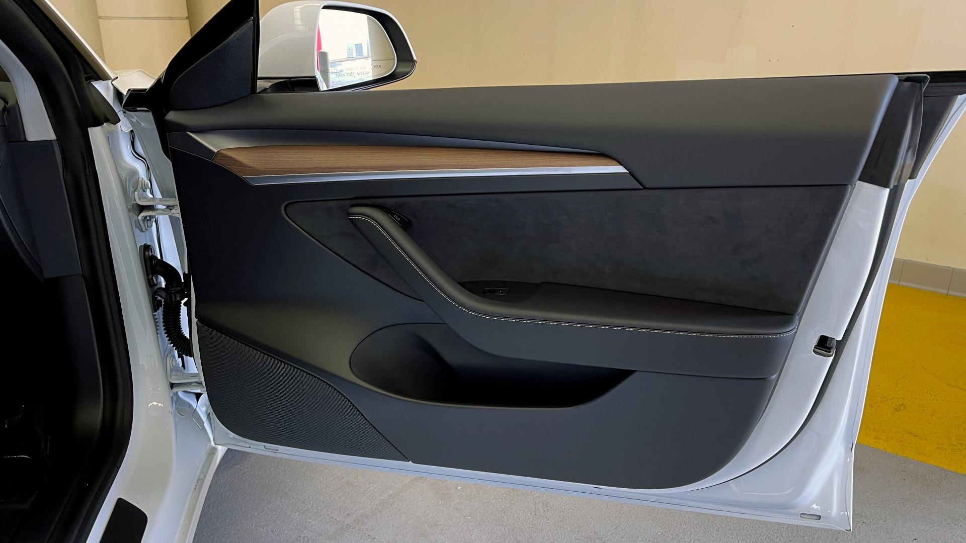 Used 2021 Tesla MODEL 3 STANDARD RANGE PLUS / NAV / REARVIEW for sale $49,595 at Formula Imports in Charlotte NC 28227 45