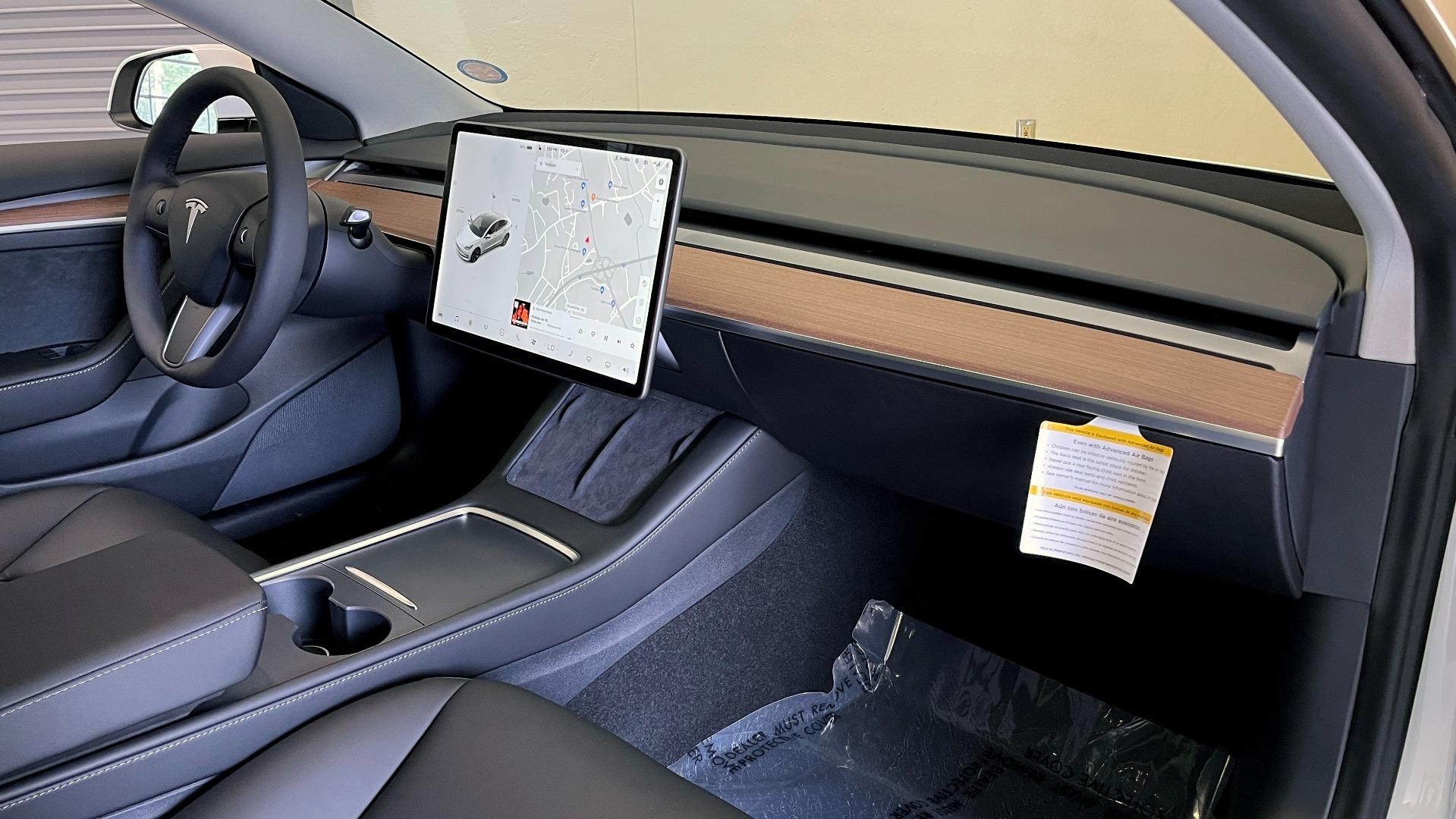 Used 2021 Tesla MODEL 3 STANDARD RANGE PLUS / NAV / REARVIEW for sale $49,595 at Formula Imports in Charlotte NC 28227 47