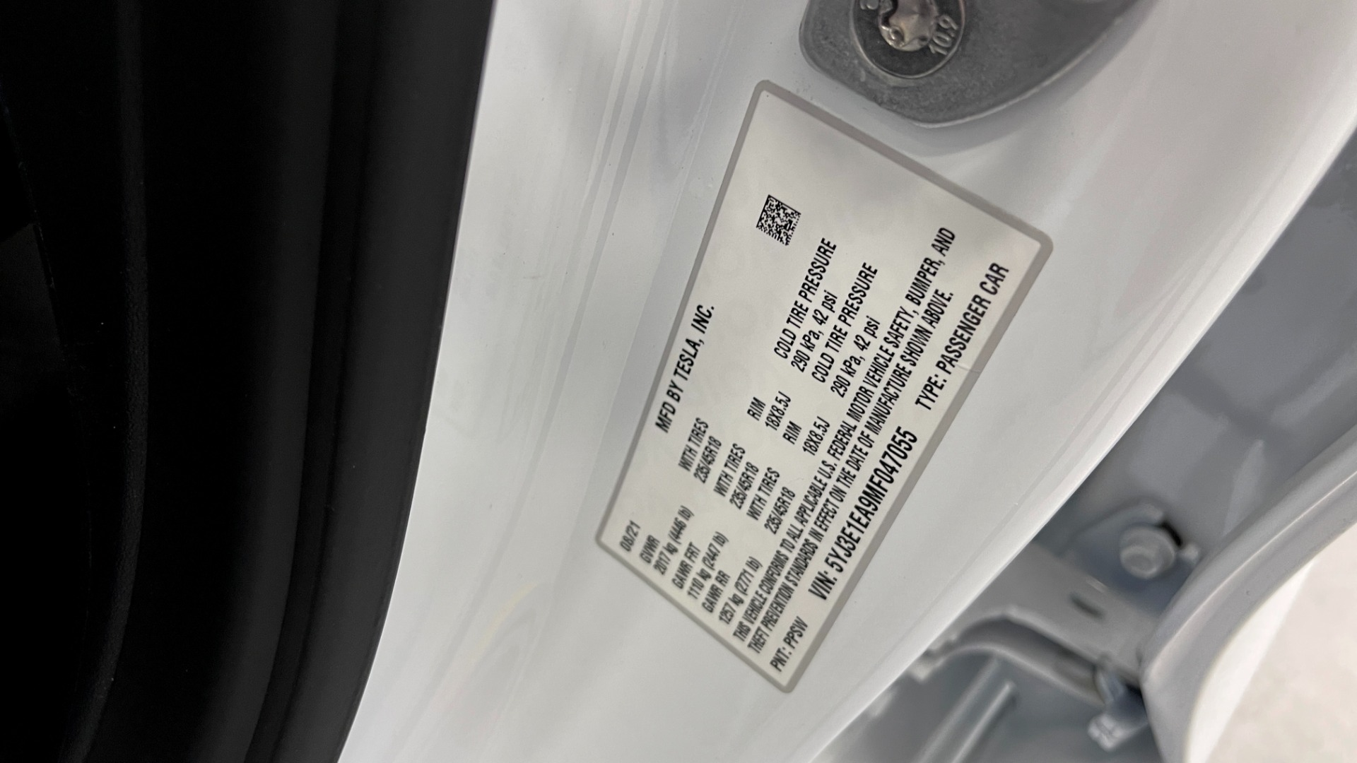 Used 2021 Tesla MODEL 3 STANDARD RANGE PLUS / NAV / REARVIEW for sale $49,595 at Formula Imports in Charlotte NC 28227 59