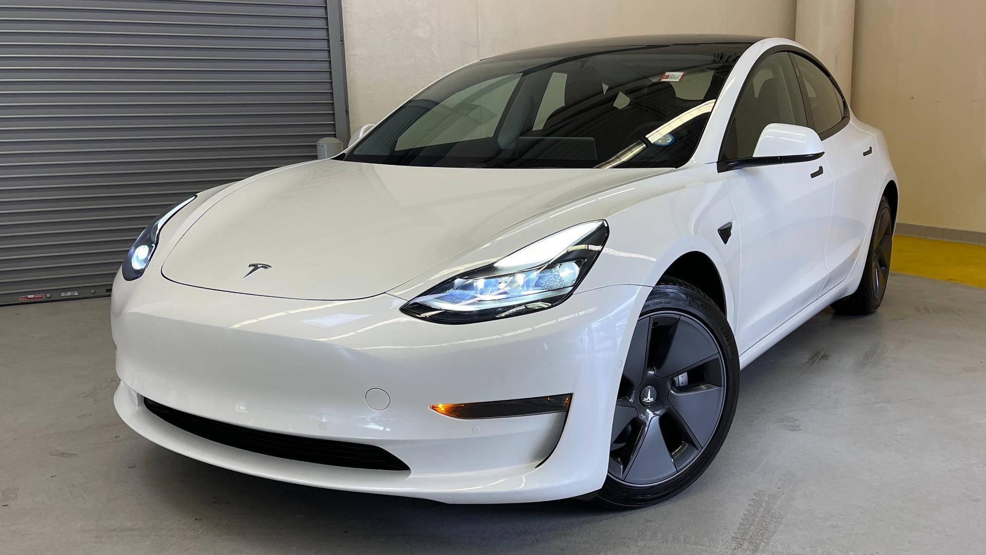 Used 2021 Tesla MODEL 3 STANDARD RANGE PLUS / NAV / REARVIEW for sale $49,595 at Formula Imports in Charlotte NC 28227 1