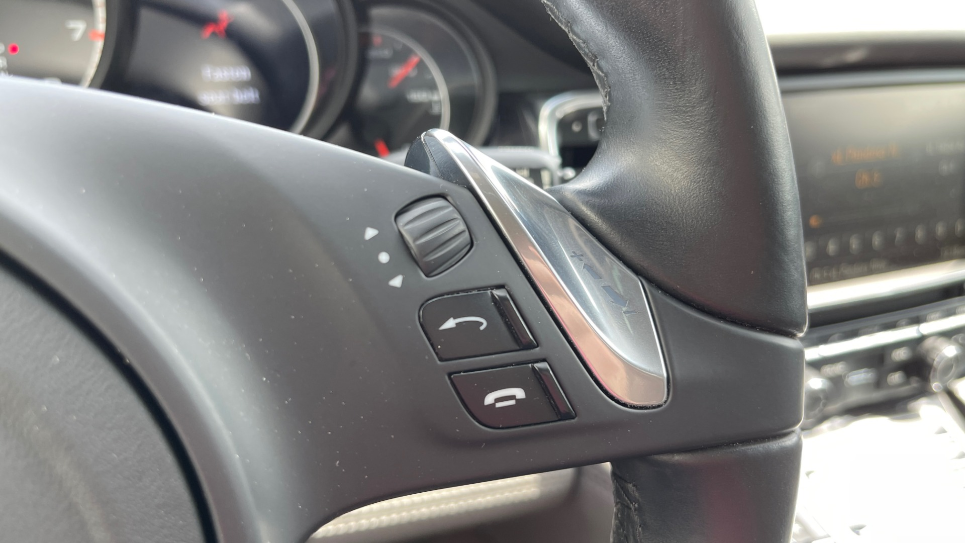 Used 2010 Porsche PANAMERA 4DR HB TURBO / SPORT CHRONO / BOSE / AUTO CLIMATE CONTROL for sale $42,124 at Formula Imports in Charlotte NC 28227 35