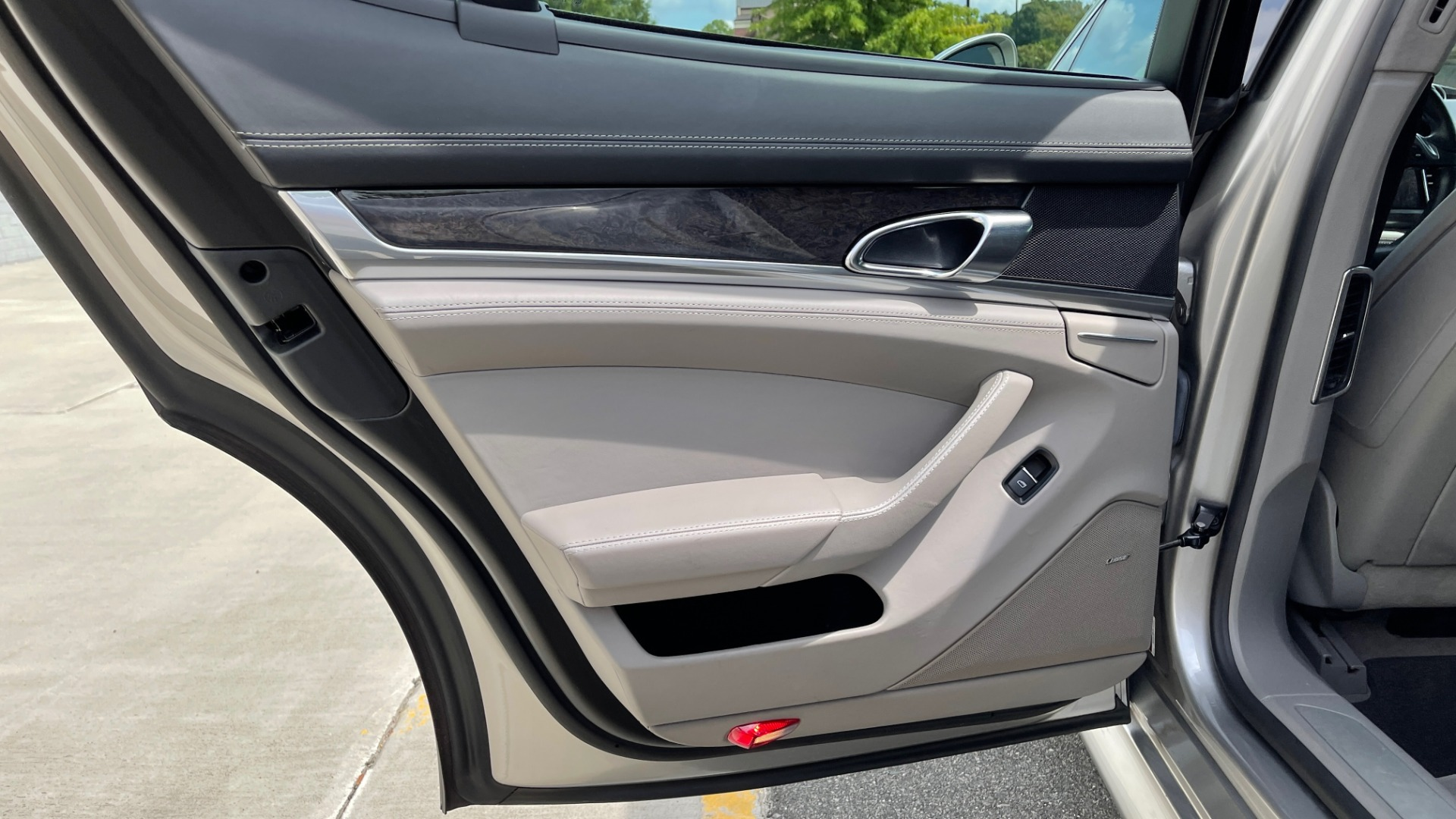 Used 2010 Porsche PANAMERA 4DR HB TURBO / SPORT CHRONO / BOSE / AUTO CLIMATE CONTROL for sale $42,124 at Formula Imports in Charlotte NC 28227 48