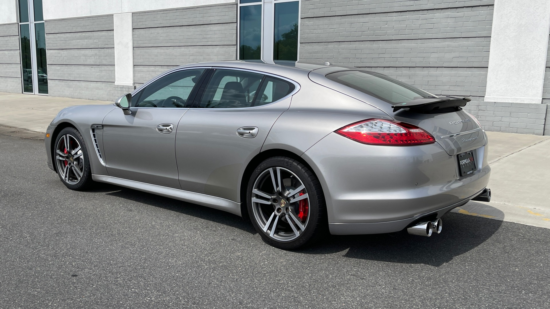 Used 2010 Porsche PANAMERA 4DR HB TURBO / SPORT CHRONO / BOSE / AUTO CLIMATE CONTROL for sale $42,124 at Formula Imports in Charlotte NC 28227 5