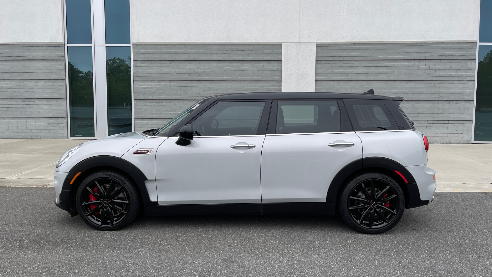 Used 2019 MINI CLUBMAN JOHN COOPER WORKS ALL4 / AUTO / PREMIUM / NAV / DRVR ASST for sale $35,995 at Formula Imports in Charlotte NC 28227 4