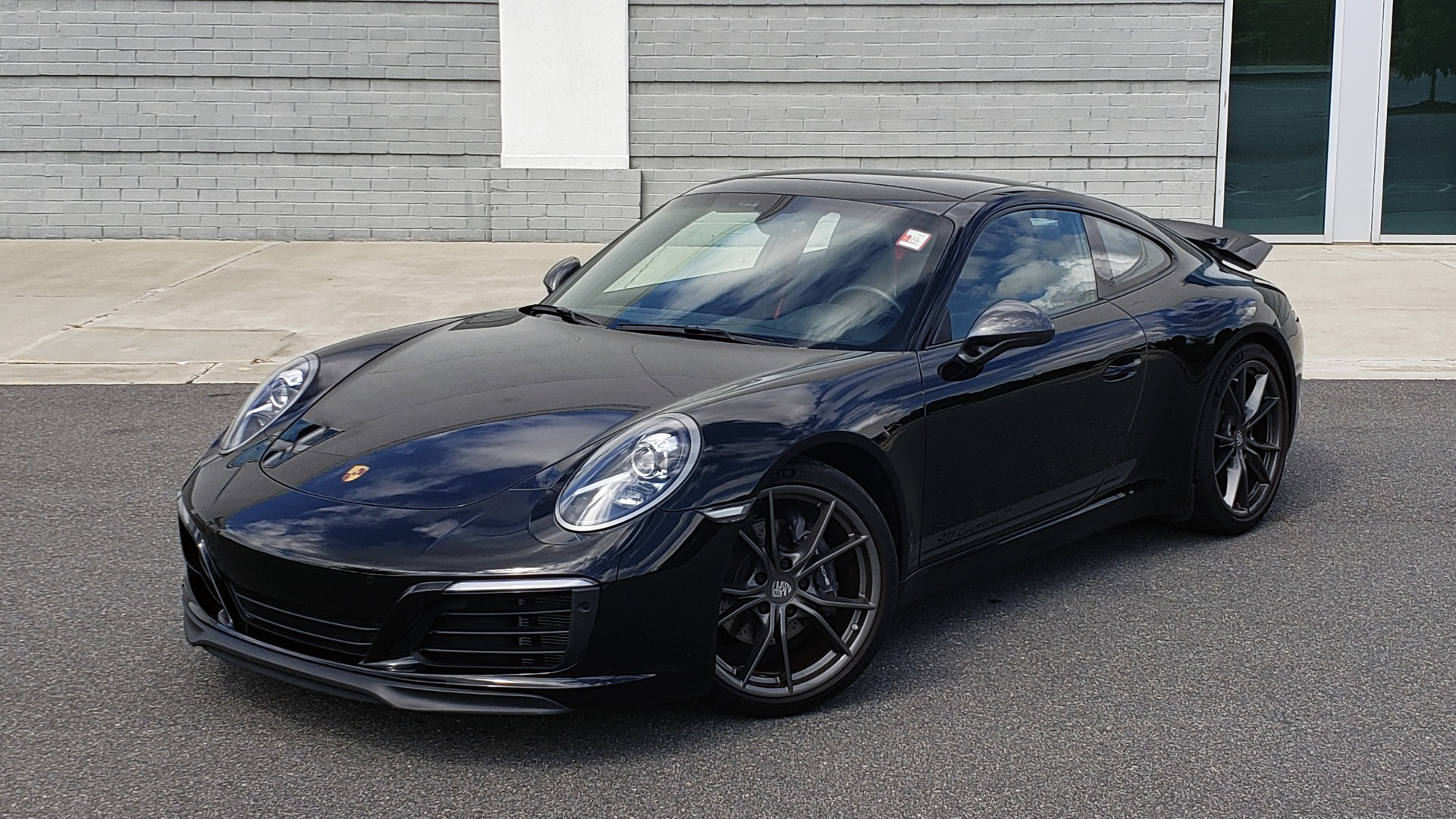 Used 2019 Porsche 911 CARRERA T / 3.0L H6 / MANUAL / PREMIUM / NAV / BOSE / SUNROOF / REARVIEW for sale $117,000 at Formula Imports in Charlotte NC 28227 2