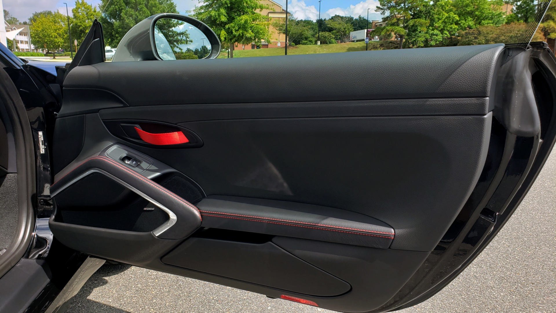 Used 2019 Porsche 911 CARRERA T / 3.0L H6 / MANUAL / PREMIUM / NAV / BOSE / SUNROOF / REARVIEW for sale $117,000 at Formula Imports in Charlotte NC 28227 35