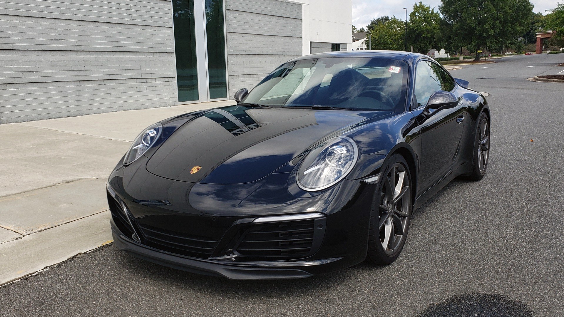 Used 2019 Porsche 911 CARRERA T / 3.0L H6 / MANUAL / PREMIUM / NAV / BOSE / SUNROOF / REARVIEW for sale $117,000 at Formula Imports in Charlotte NC 28227 4
