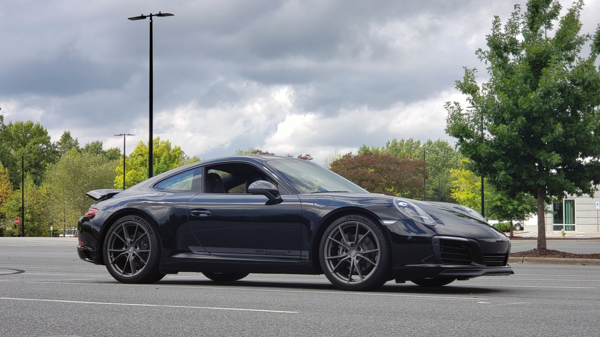 Used 2019 Porsche 911 CARRERA T / 3.0L H6 / MANUAL / PREMIUM / NAV / BOSE / SUNROOF / REARVIEW for sale $117,000 at Formula Imports in Charlotte NC 28227 79