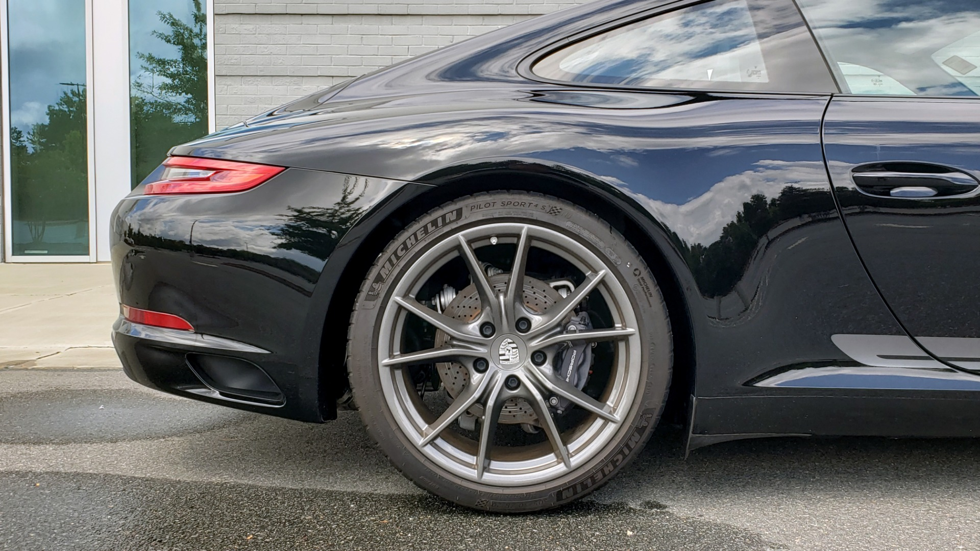 Used 2019 Porsche 911 CARRERA T / 3.0L H6 / MANUAL / PREMIUM / NAV / BOSE / SUNROOF / REARVIEW for sale $117,000 at Formula Imports in Charlotte NC 28227 82