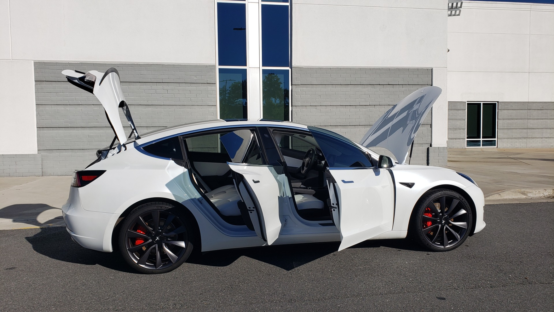 Used 2020 Tesla MODEL 3 PERFORMANCE / AWD / NAV / DUAL-SUNROOF / RERVIEW for sale Sold at Formula Imports in Charlotte NC 28227 12
