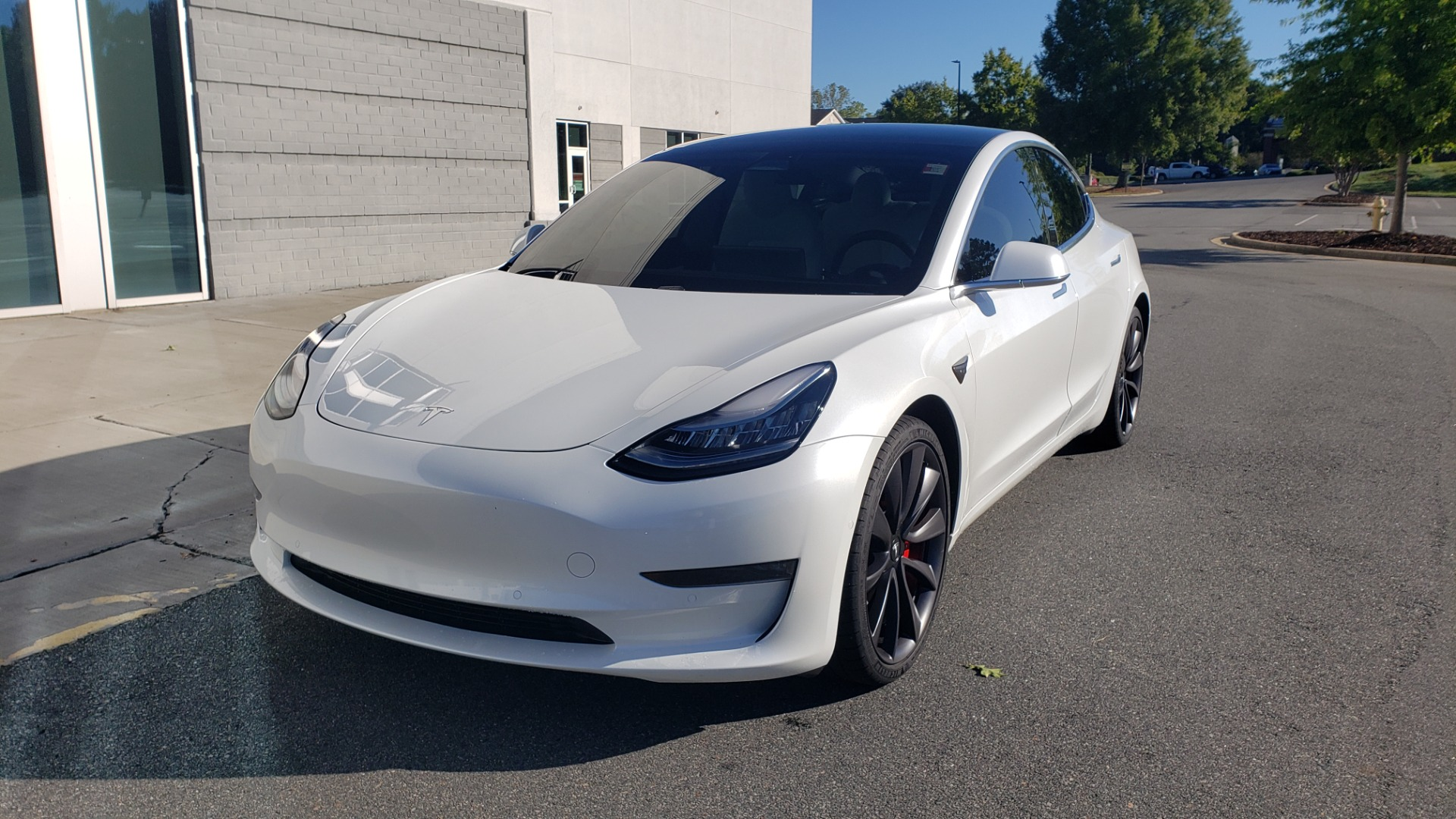 Used 2020 Tesla MODEL 3 PERFORMANCE / AWD / NAV / DUAL-SUNROOF / RERVIEW for sale Sold at Formula Imports in Charlotte NC 28227 3