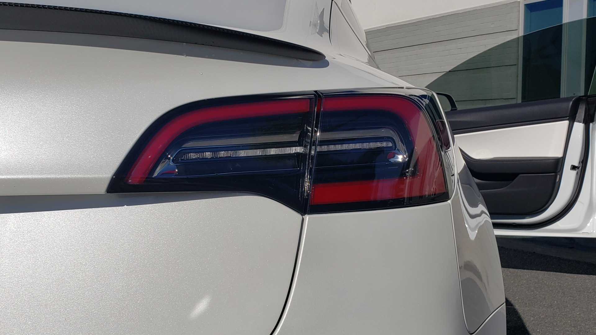 Used 2020 Tesla MODEL 3 PERFORMANCE / AWD / NAV / DUAL-SUNROOF / RERVIEW for sale Sold at Formula Imports in Charlotte NC 28227 33
