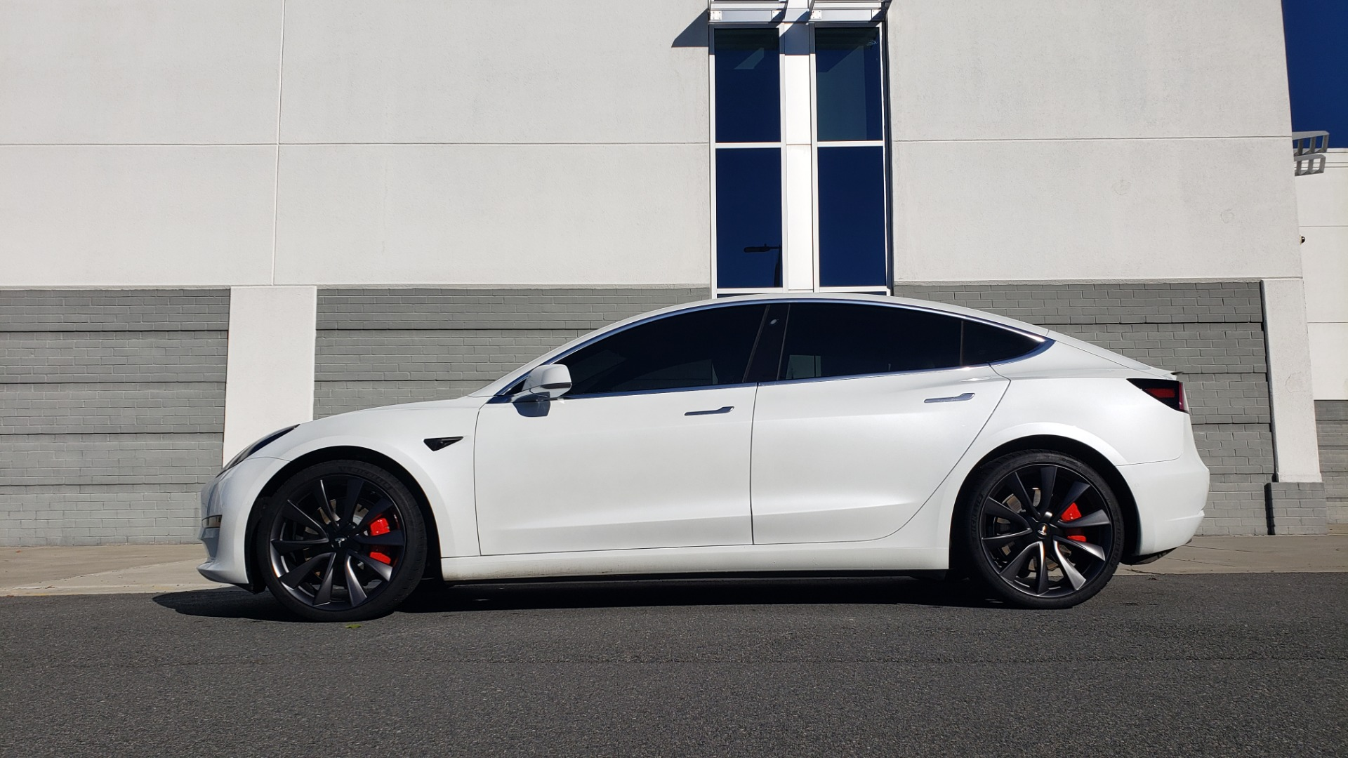 Used 2020 Tesla MODEL 3 PERFORMANCE / AWD / NAV / DUAL-SUNROOF / RERVIEW for sale Sold at Formula Imports in Charlotte NC 28227 5