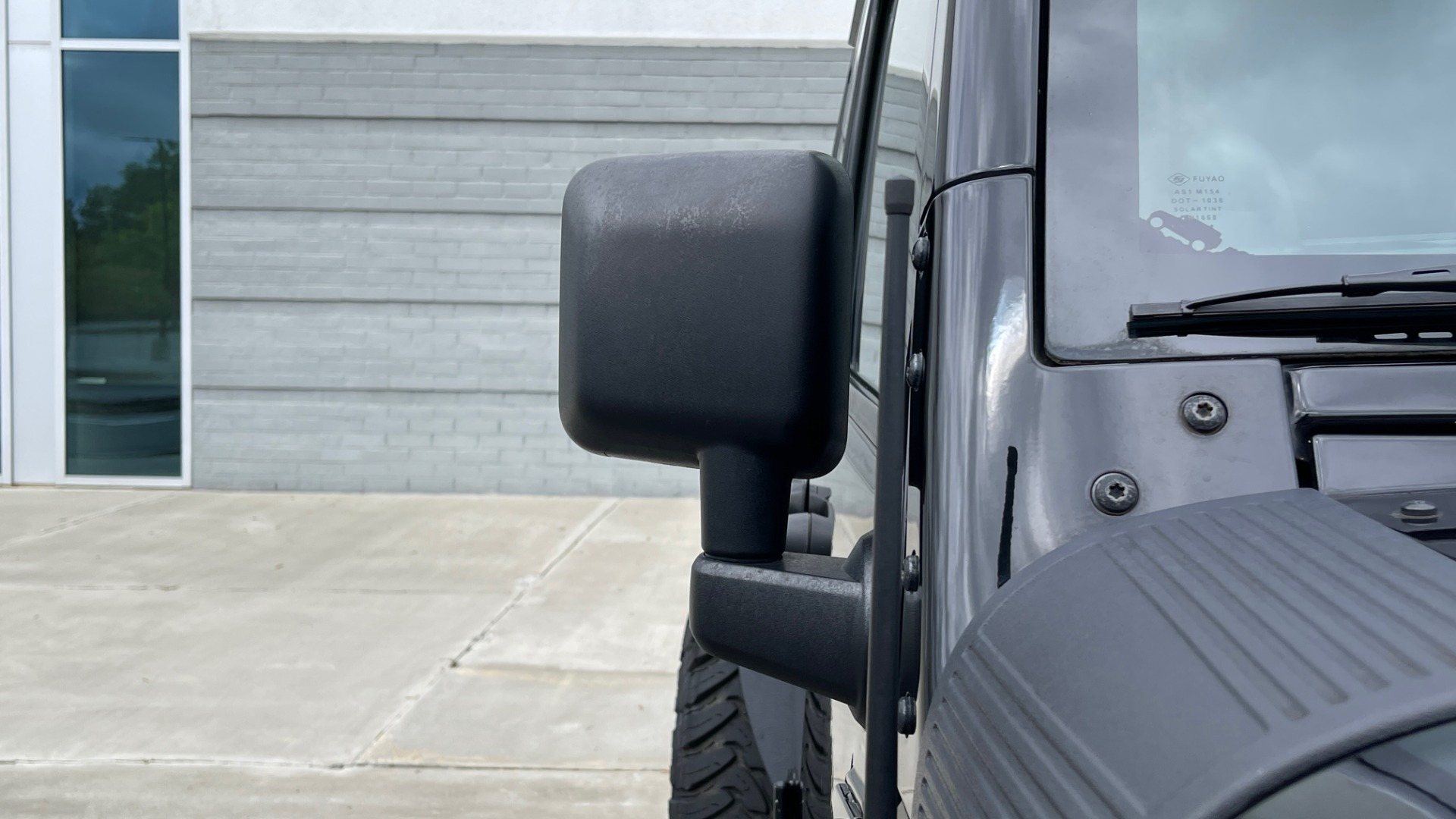 Used 2013 Jeep WRANGLER UNLIMITED RUBICON 4X4 / 3.6L V6 / 6-SPD MAN / DUAL-TOP / AIR COND for sale $32,900 at Formula Imports in Charlotte NC 28227 20