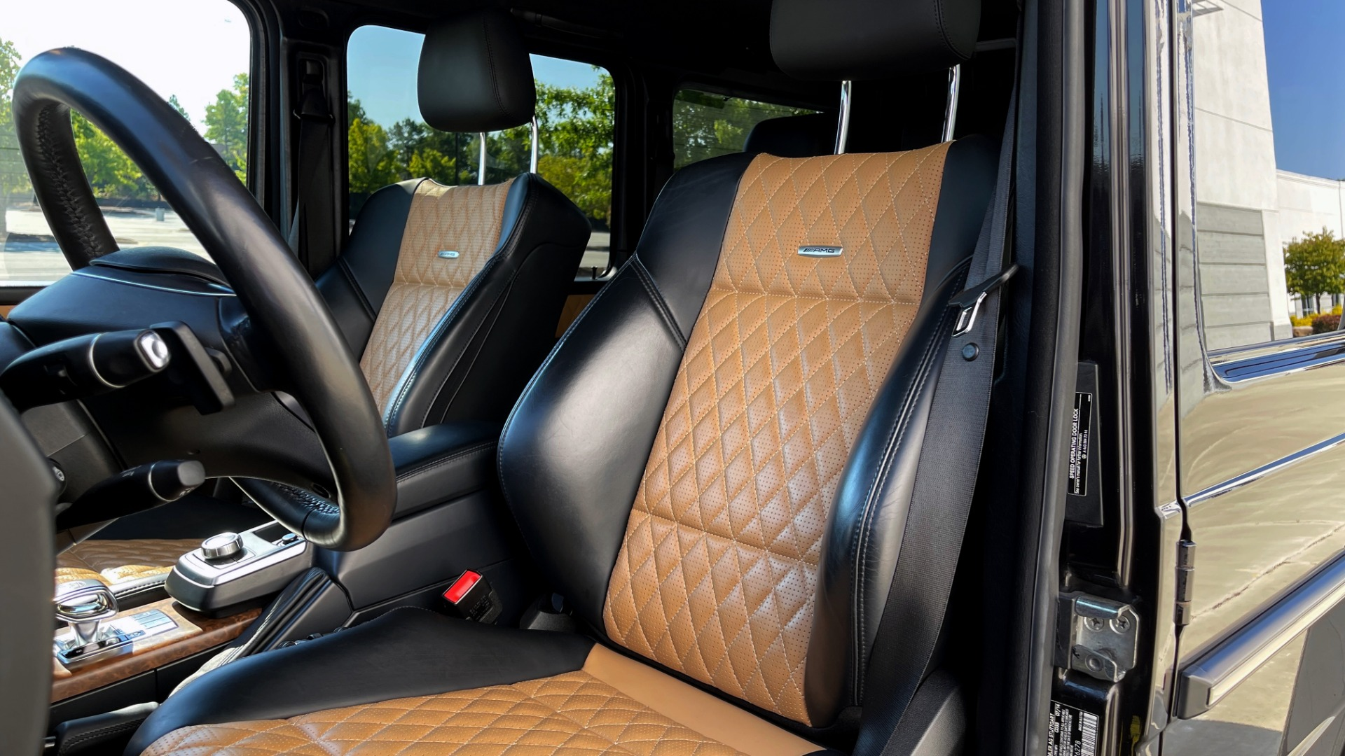 Used 2014 Mercedes-Benz G-CLASS G 63 AMG / DISGNO LEATHER / NAV / SUNROOF / REARVIEW for sale $88,999 at Formula Imports in Charlotte NC 28227 28