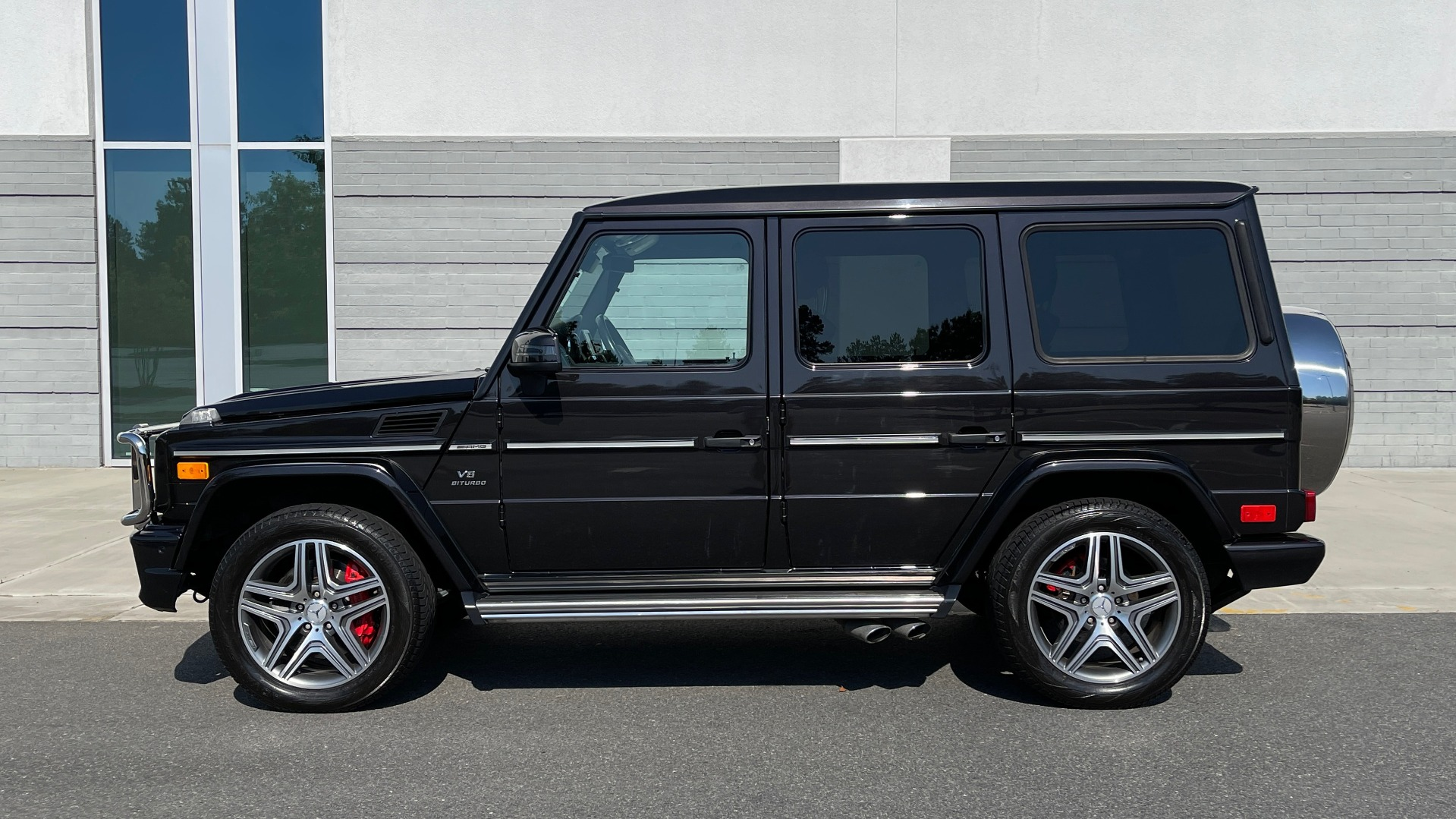 Used 2014 Mercedes-Benz G-CLASS G 63 AMG / DISGNO LEATHER / NAV / SUNROOF / REARVIEW for sale $88,999 at Formula Imports in Charlotte NC 28227 3