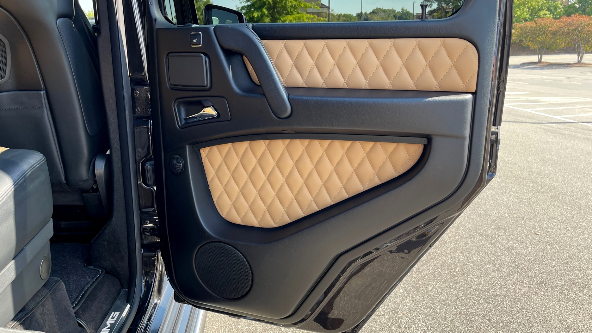 Used 2014 Mercedes-Benz G-CLASS G 63 AMG / DISGNO LEATHER / NAV / SUNROOF / REARVIEW for sale $88,999 at Formula Imports in Charlotte NC 28227 55