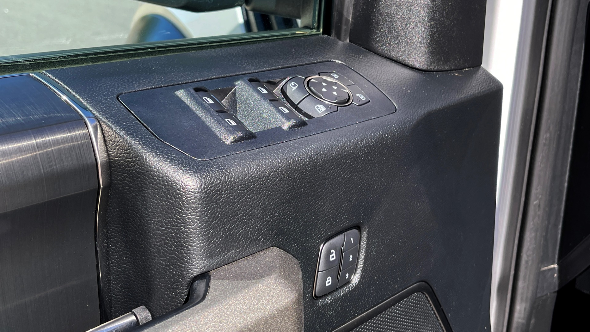 Used 2019 Ford F-150 RAPTOR 4X4 SUPERCREW / NAV / BLIS / B&O SND / REMOTE START / REARVIEW for sale $65,999 at Formula Imports in Charlotte NC 28227 33