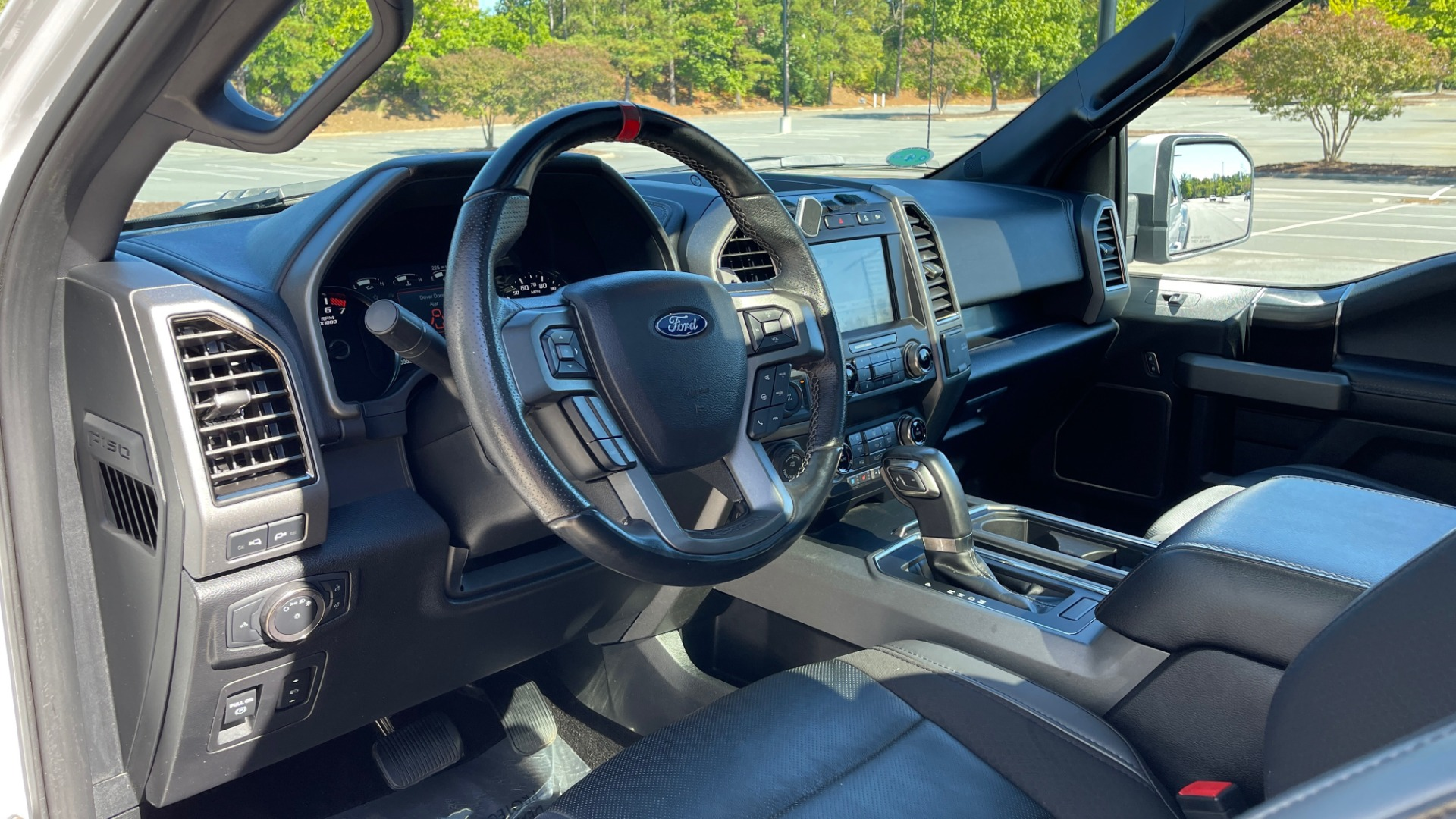 Used 2019 Ford F-150 RAPTOR 4X4 SUPERCREW / NAV / BLIS / B&O SND / REMOTE START / REARVIEW for sale $65,999 at Formula Imports in Charlotte NC 28227 34