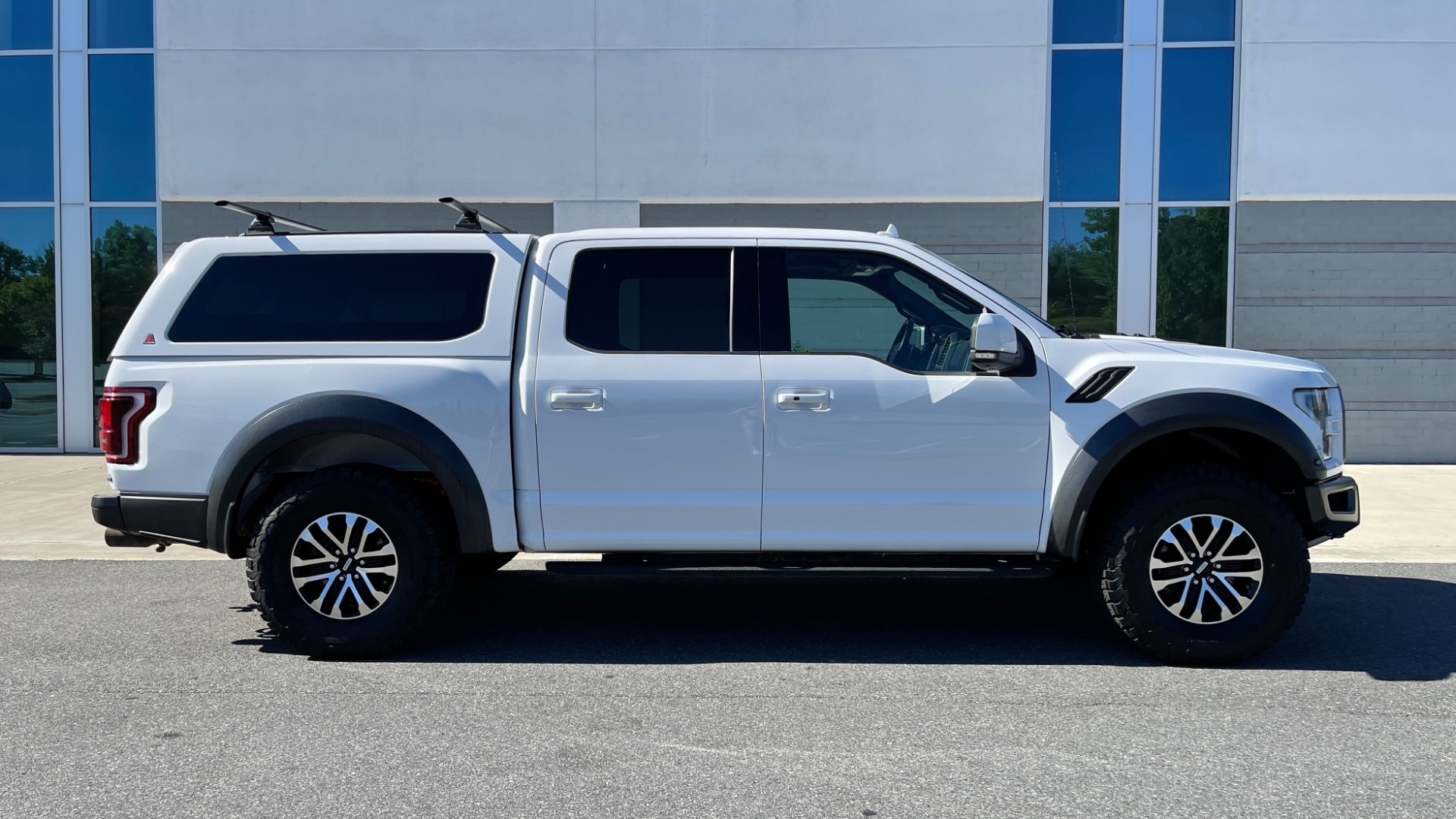Used 2019 Ford F-150 RAPTOR 4X4 SUPERCREW / NAV / BLIS / B&O SND / REMOTE START / REARVIEW for sale $65,999 at Formula Imports in Charlotte NC 28227 7