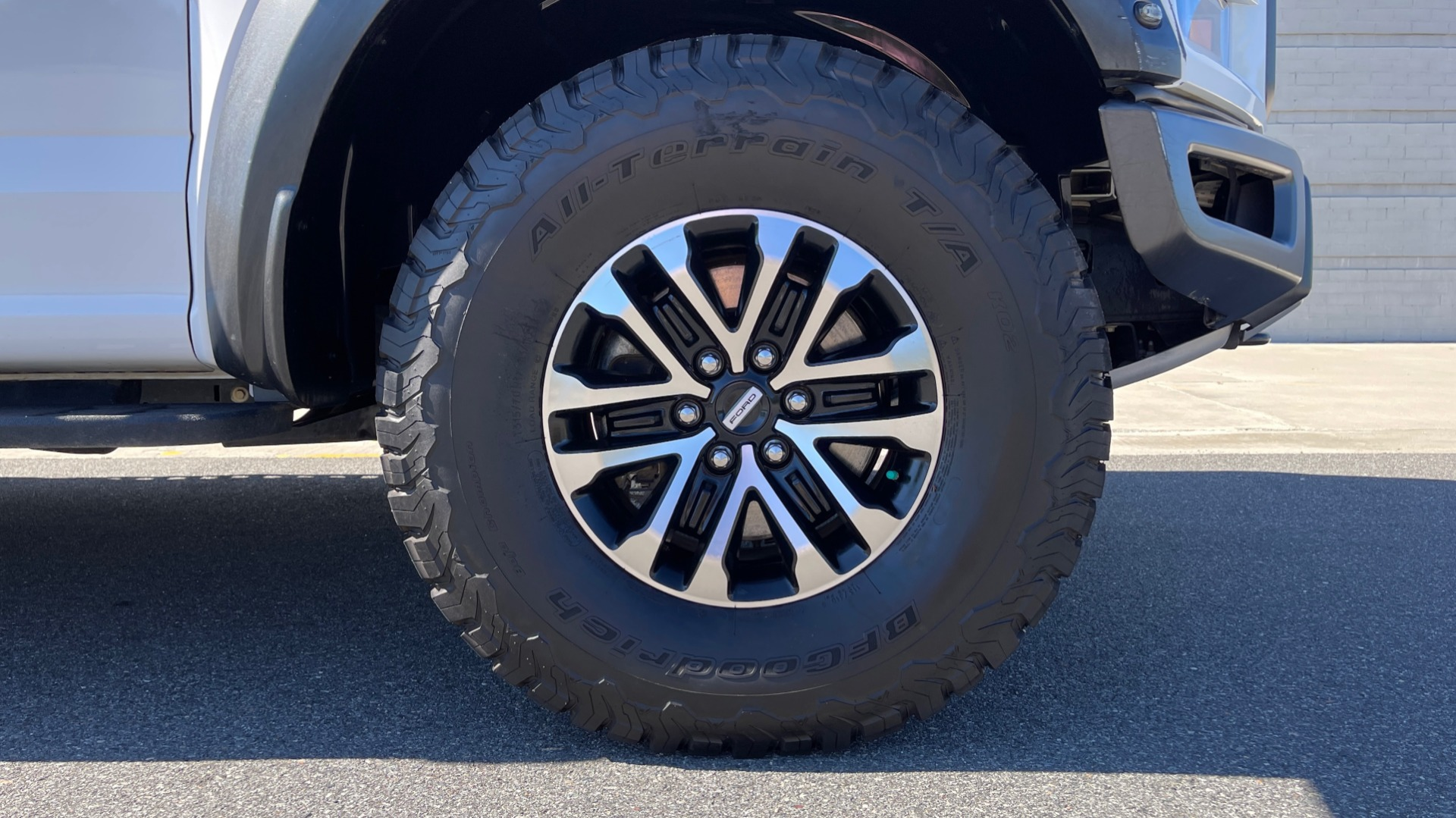Used 2019 Ford F-150 RAPTOR 4X4 SUPERCREW / NAV / BLIS / B&O SND / REMOTE START / REARVIEW for sale $65,999 at Formula Imports in Charlotte NC 28227 74