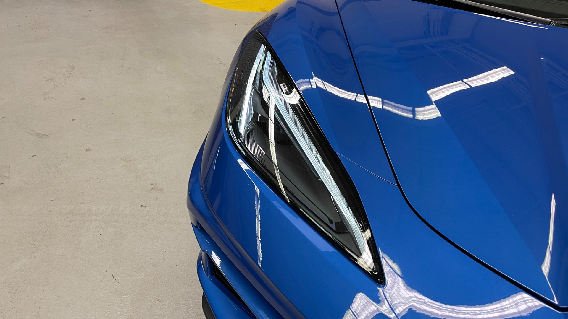 Used 2021 Chevrolet CORVETTE STINGRAY 3LT COUPE / 8-SPD / PERF PKG / NAV / BOSE / REARVIEW for sale $110,995 at Formula Imports in Charlotte NC 28227 24
