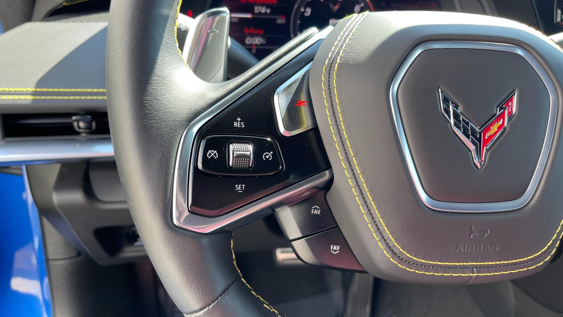 Used 2021 Chevrolet CORVETTE STINGRAY 3LT COUPE / 8-SPD / PERF PKG / NAV / BOSE / REARVIEW for sale $110,995 at Formula Imports in Charlotte NC 28227 31