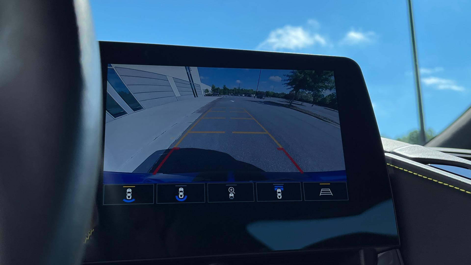 Used 2021 Chevrolet CORVETTE STINGRAY 3LT COUPE / 8-SPD / PERF PKG / NAV / BOSE / REARVIEW for sale $110,995 at Formula Imports in Charlotte NC 28227 34