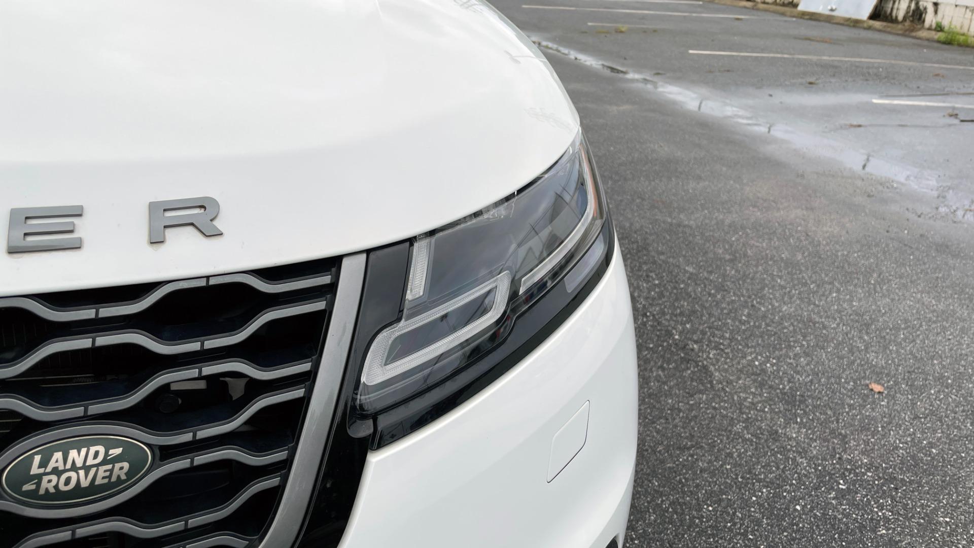 Used 2018 Land Rover RANGE ROVER VELAR R-DYNAMIC SE / NAV / PREM / MERIDIAN / SUNROOF / REARVIEW for sale $54,995 at Formula Imports in Charlotte NC 28227 12