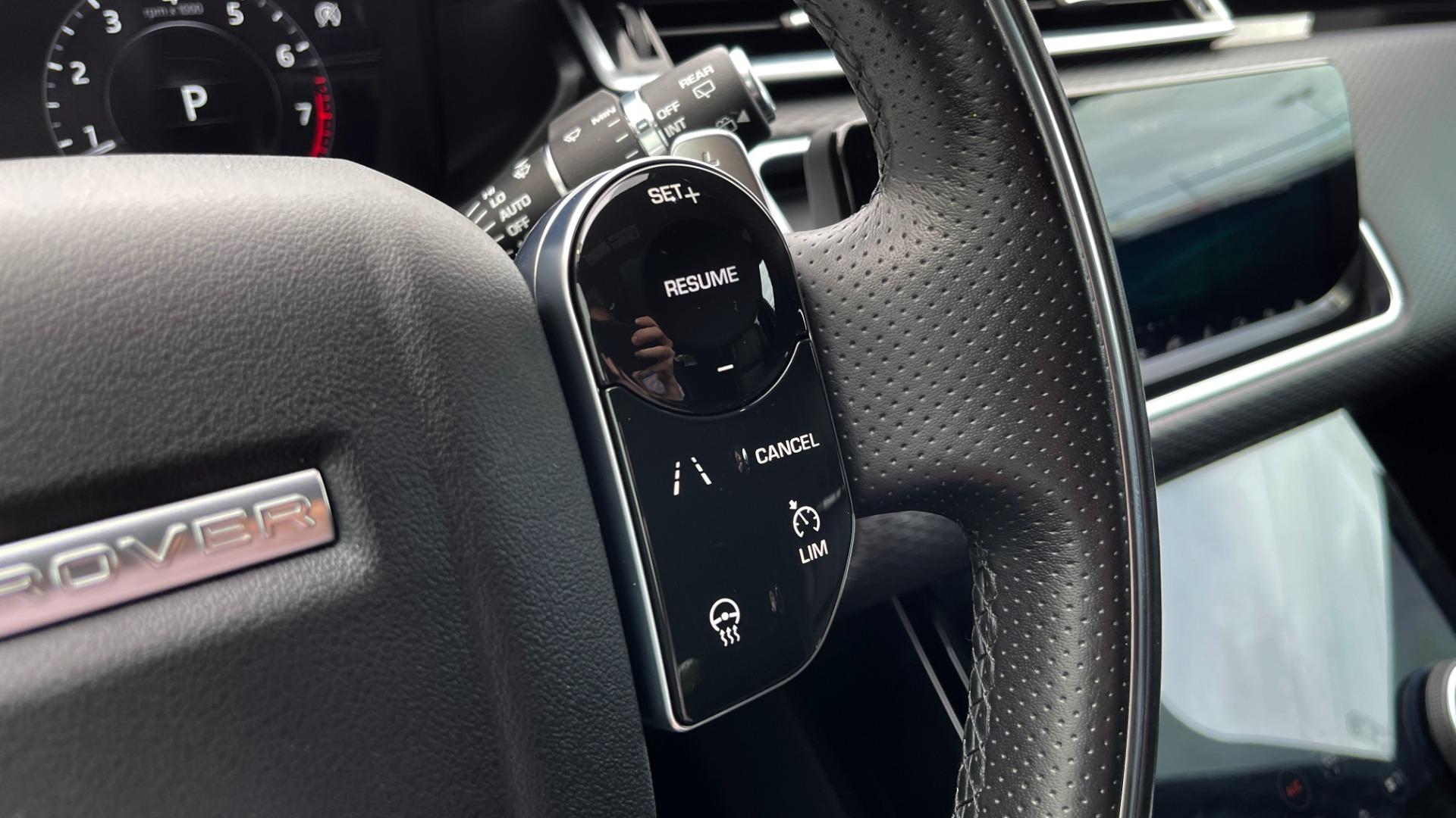 Used 2018 Land Rover RANGE ROVER VELAR R-DYNAMIC SE / NAV / PREM / MERIDIAN / SUNROOF / REARVIEW for sale $54,995 at Formula Imports in Charlotte NC 28227 35