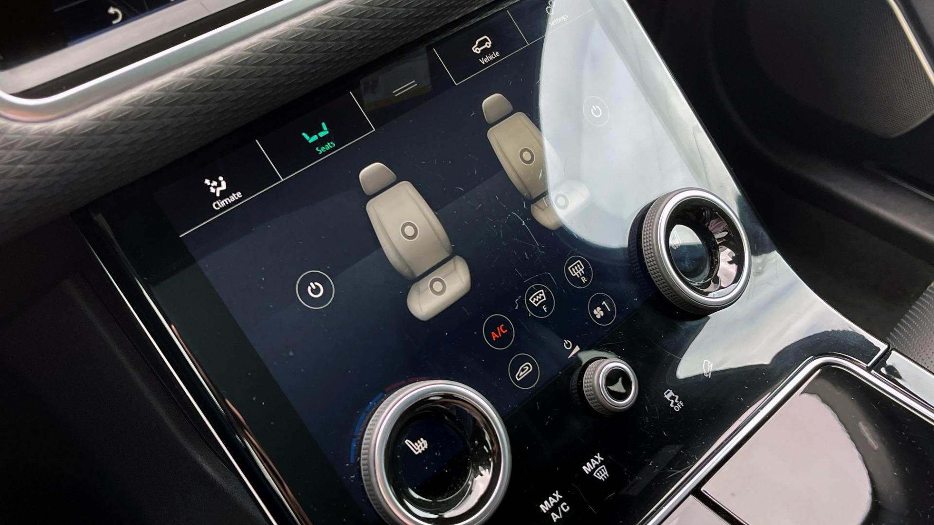 Used 2018 Land Rover RANGE ROVER VELAR R-DYNAMIC SE / NAV / PREM / MERIDIAN / SUNROOF / REARVIEW for sale $54,995 at Formula Imports in Charlotte NC 28227 44