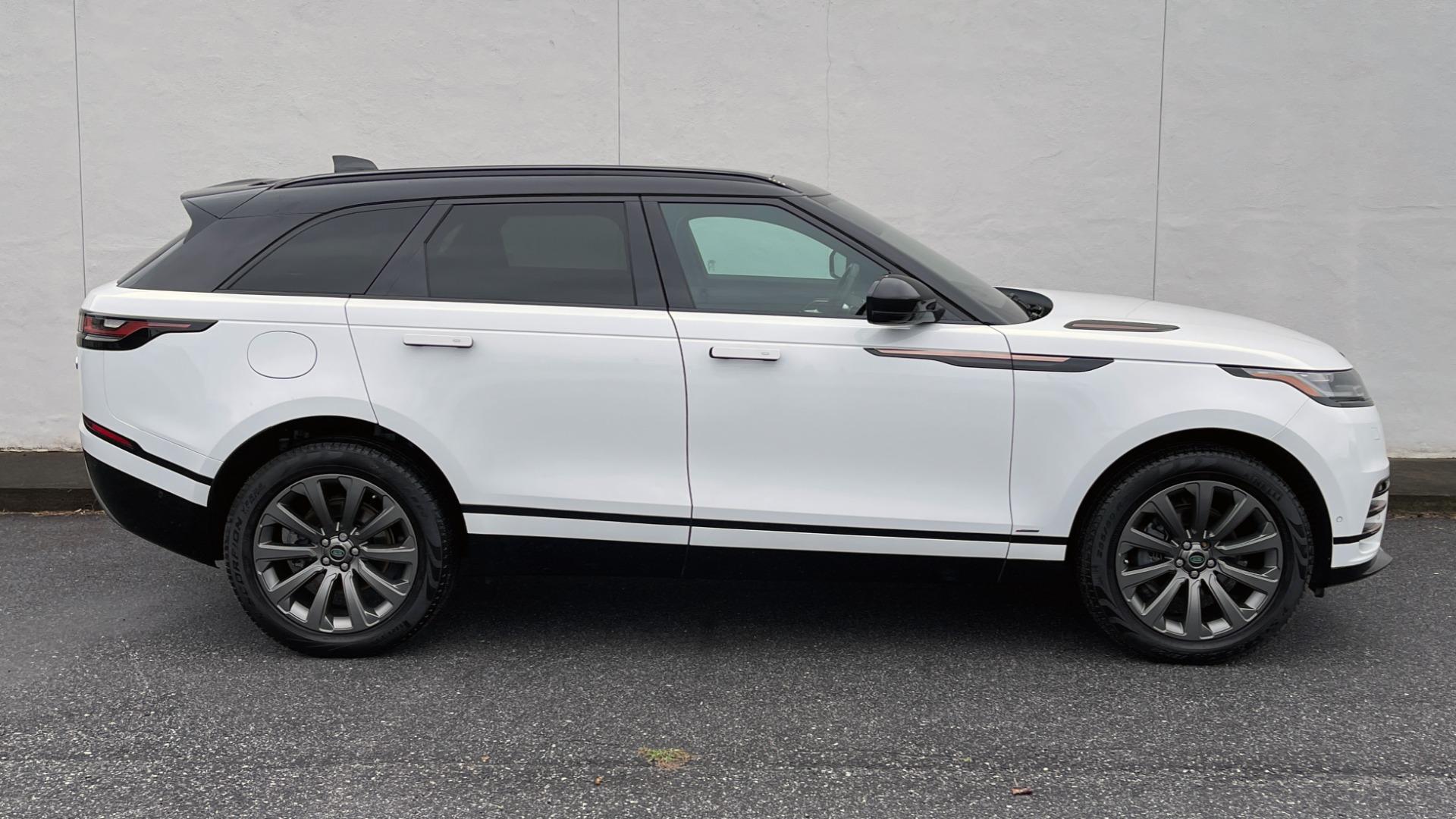 Used 2018 Land Rover RANGE ROVER VELAR R-DYNAMIC SE / NAV / PREM / MERIDIAN / SUNROOF / REARVIEW for sale $54,995 at Formula Imports in Charlotte NC 28227 5