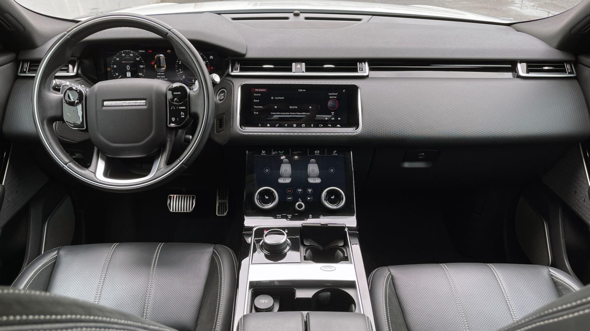 Used 2018 Land Rover RANGE ROVER VELAR R-DYNAMIC SE / NAV / PREM / MERIDIAN / SUNROOF / REARVIEW for sale $54,995 at Formula Imports in Charlotte NC 28227 55