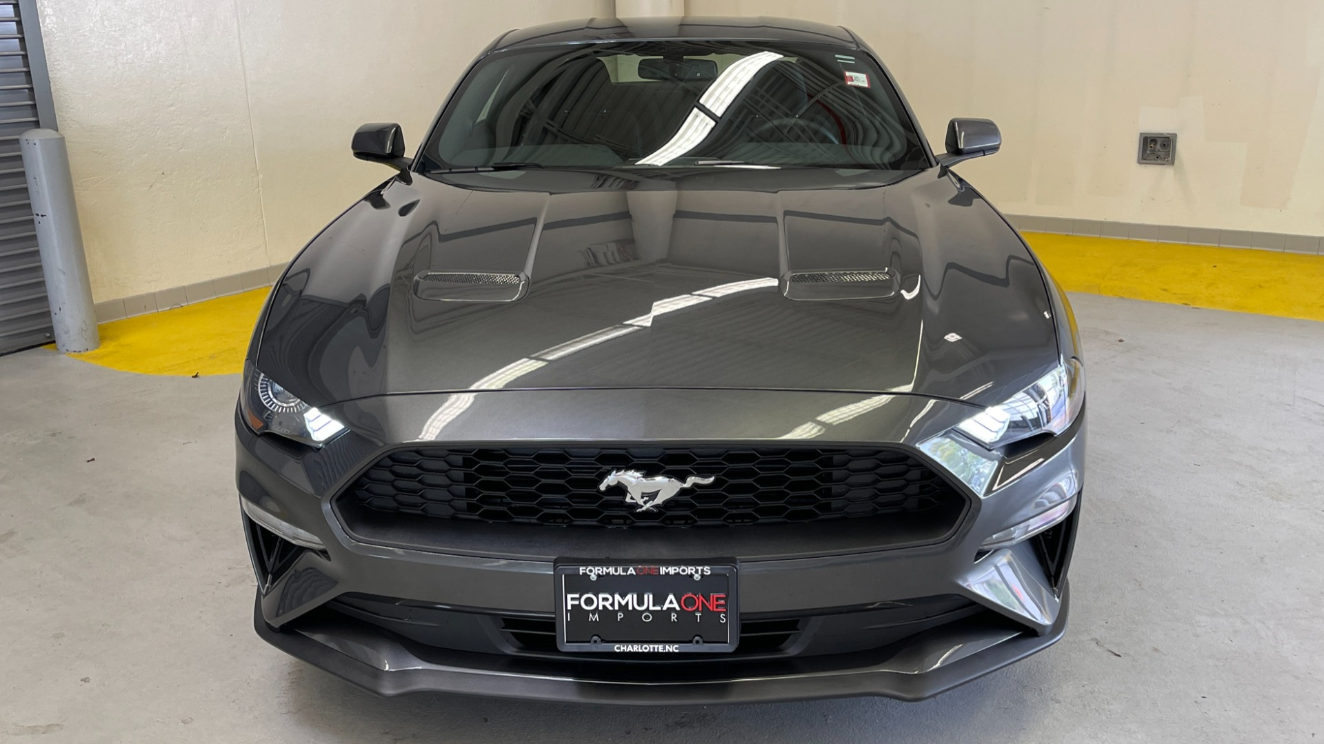 Used 2019 Ford MUSTANG ECOBOOST 2.3L / 10-SPD AUTO / SYNC3 8INCH SCREEN / TRACK APPS / REARVIEW for sale $31,795 at Formula Imports in Charlotte NC 28227 12