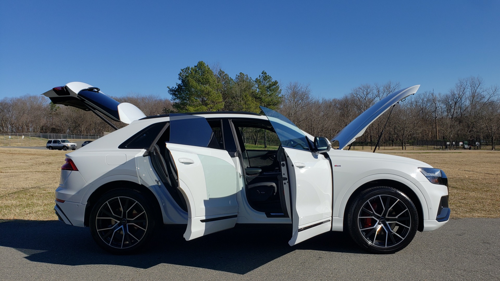 Used 2019 Audi Q8 PRESTIGE S-LINE / LUX PKG / ADAPT CHASSIS / YEAR ONE / CLD WTHR for sale Sold at Formula Imports in Charlotte NC 28227 17