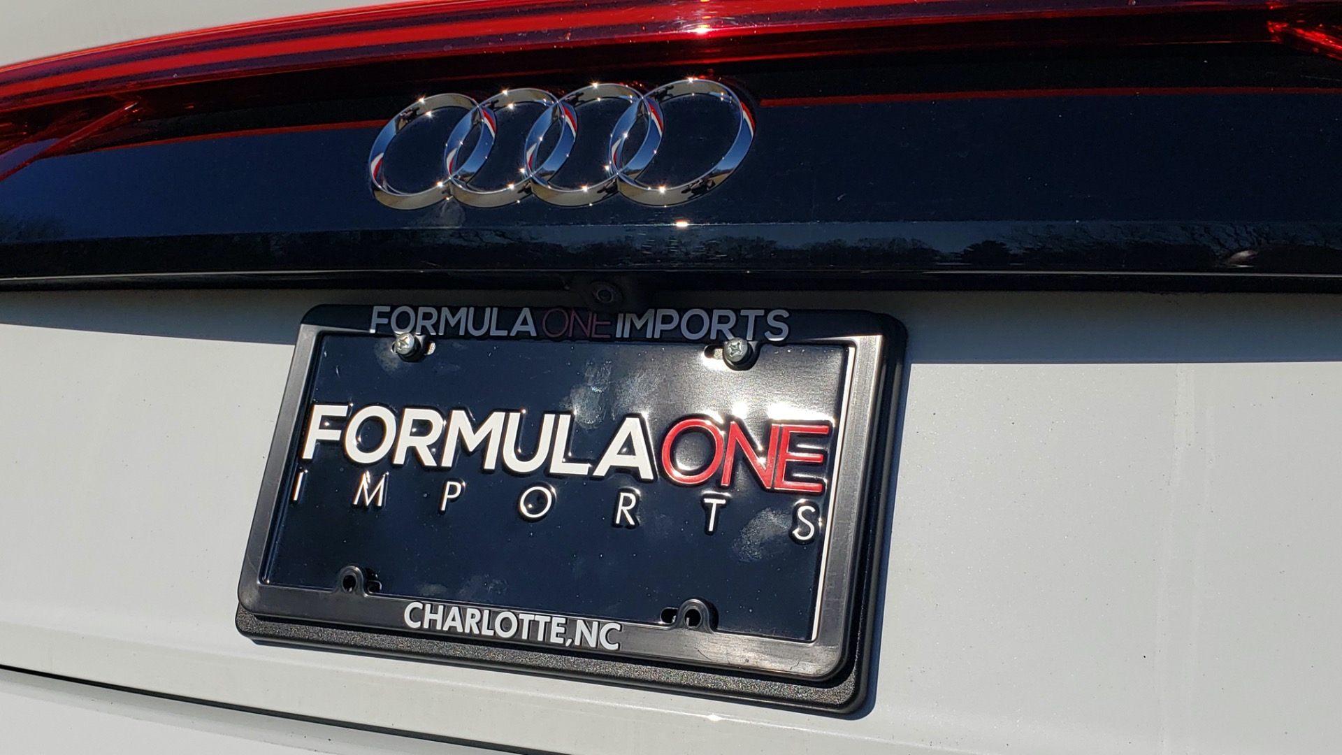 Used 2019 Audi Q8 PRESTIGE S-LINE / LUX PKG / ADAPT CHASSIS / YEAR ONE / CLD WTHR for sale Sold at Formula Imports in Charlotte NC 28227 35