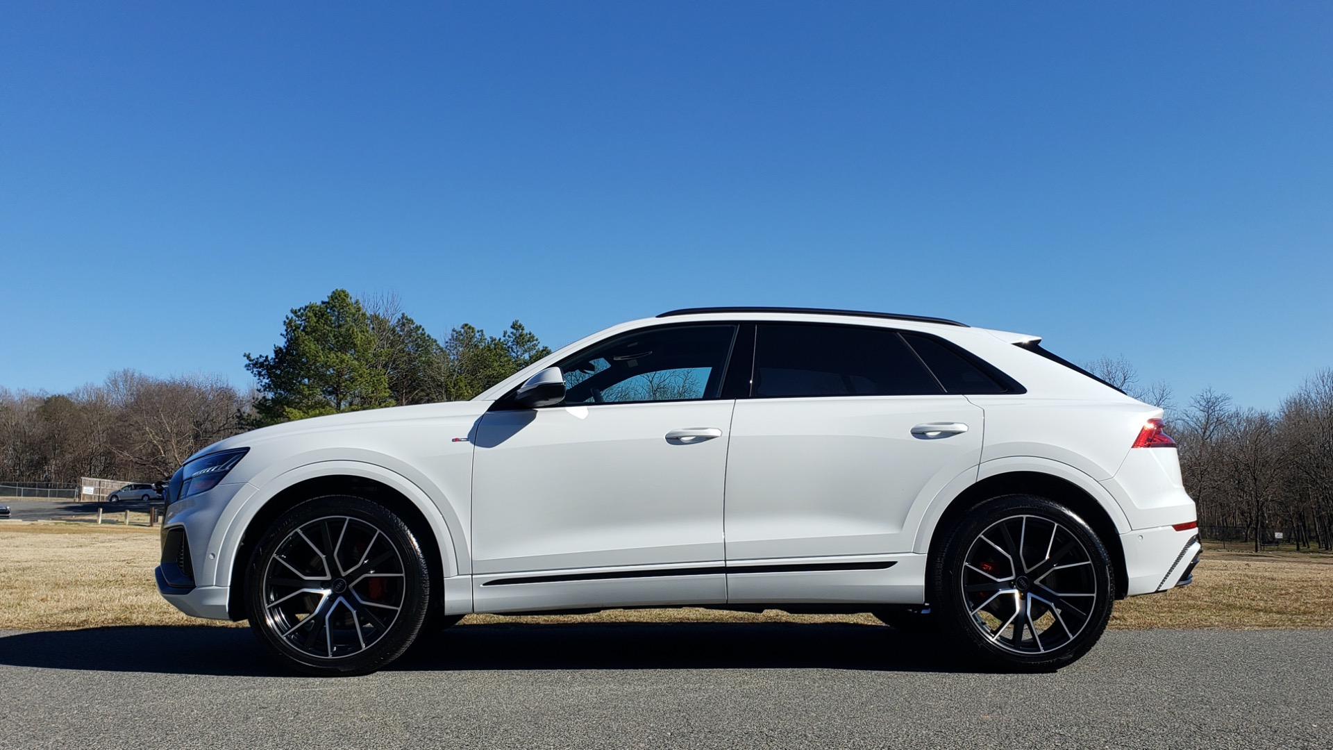 Used 2019 Audi Q8 PRESTIGE S-LINE / LUX PKG / ADAPT CHASSIS / YEAR ONE / CLD WTHR for sale Sold at Formula Imports in Charlotte NC 28227 4